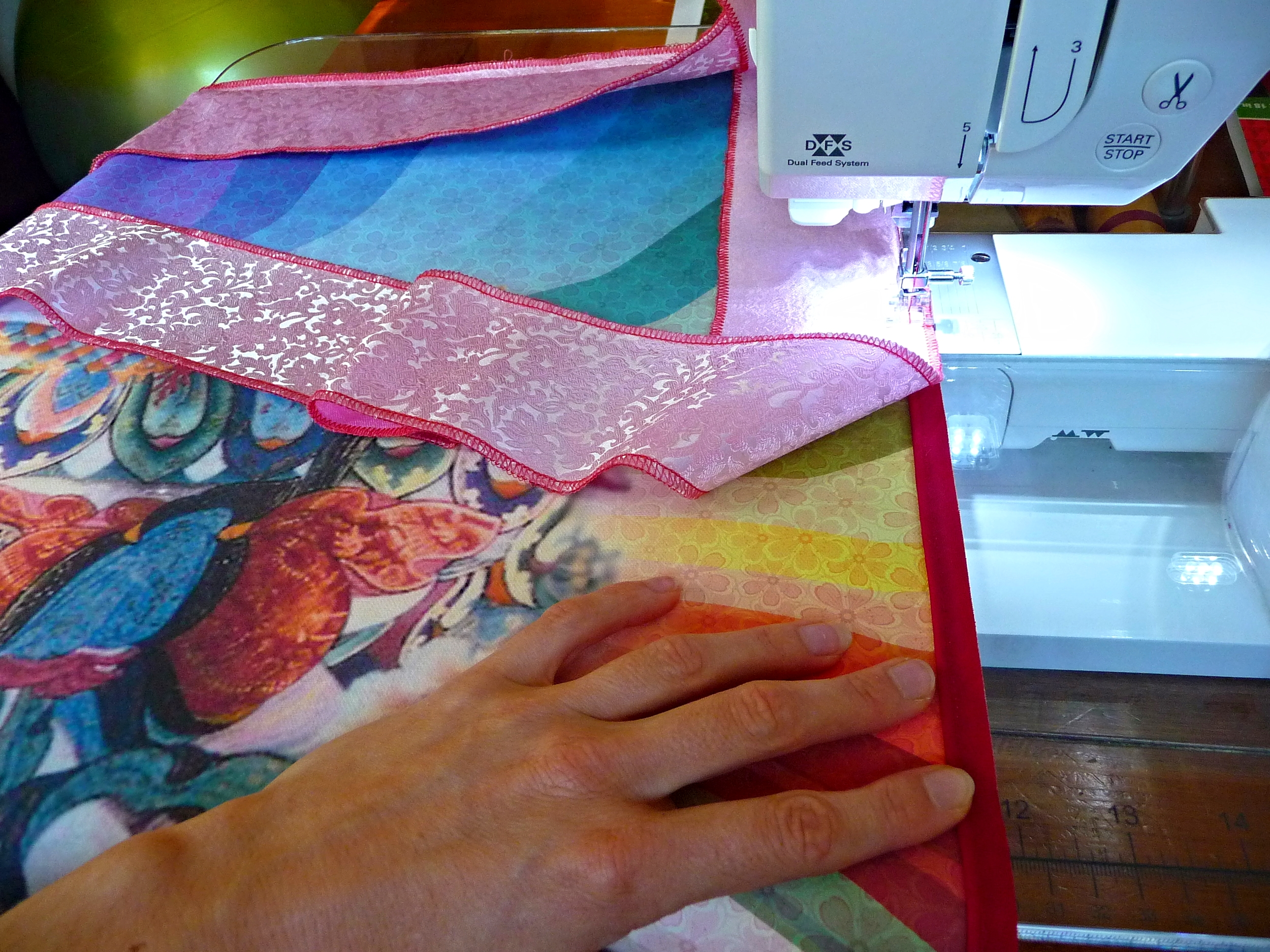 Adding the Inner Brocade Border