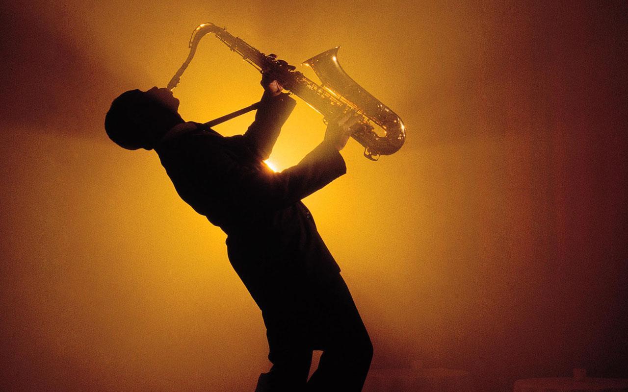saxophone-player.jpg