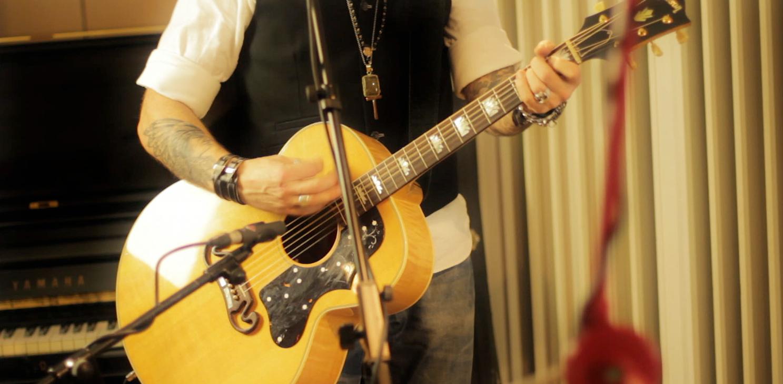 Andrew Mann Acoustic Band1.jpg