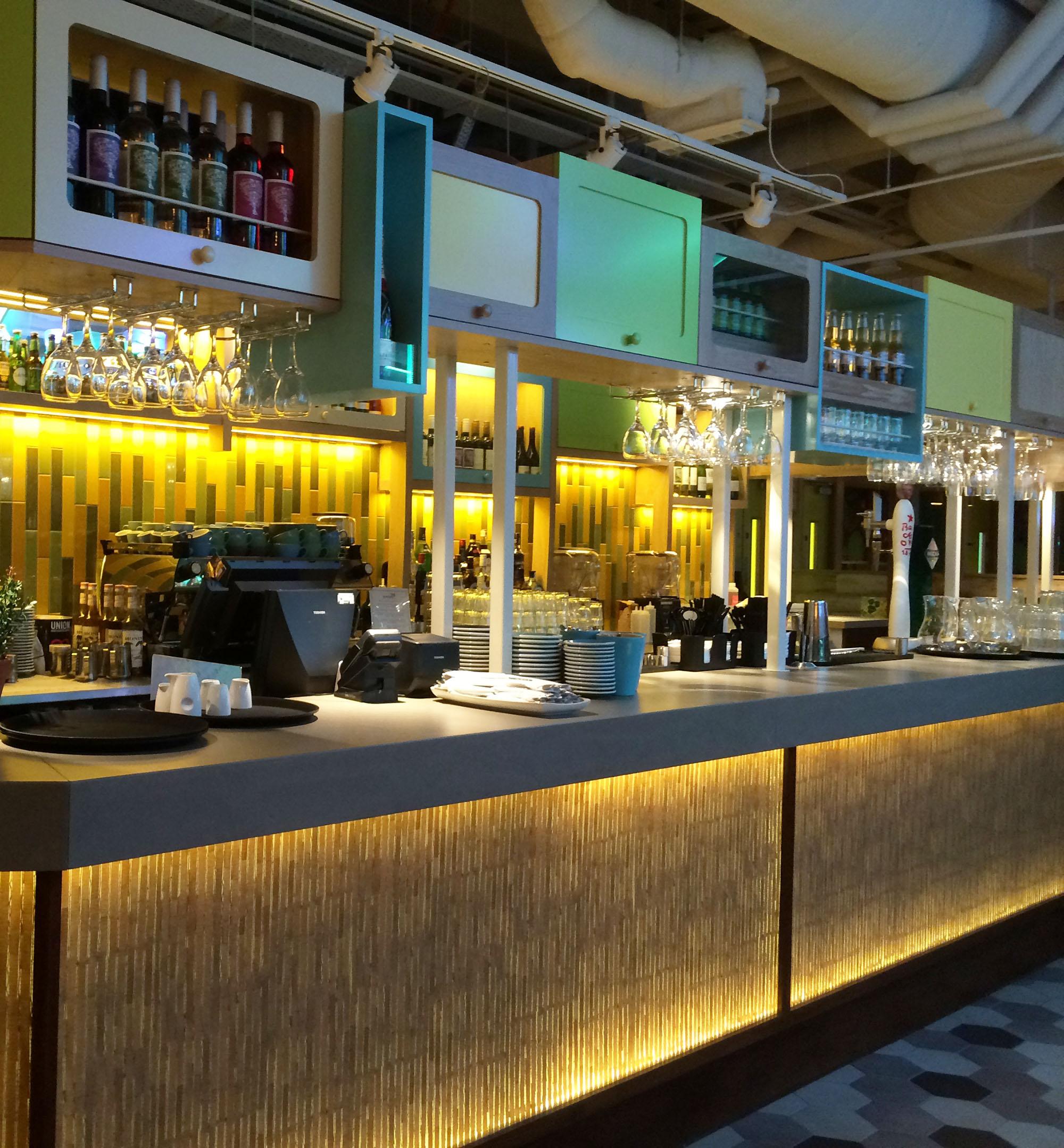 wondertree-gatwick-concrete-bar.jpg