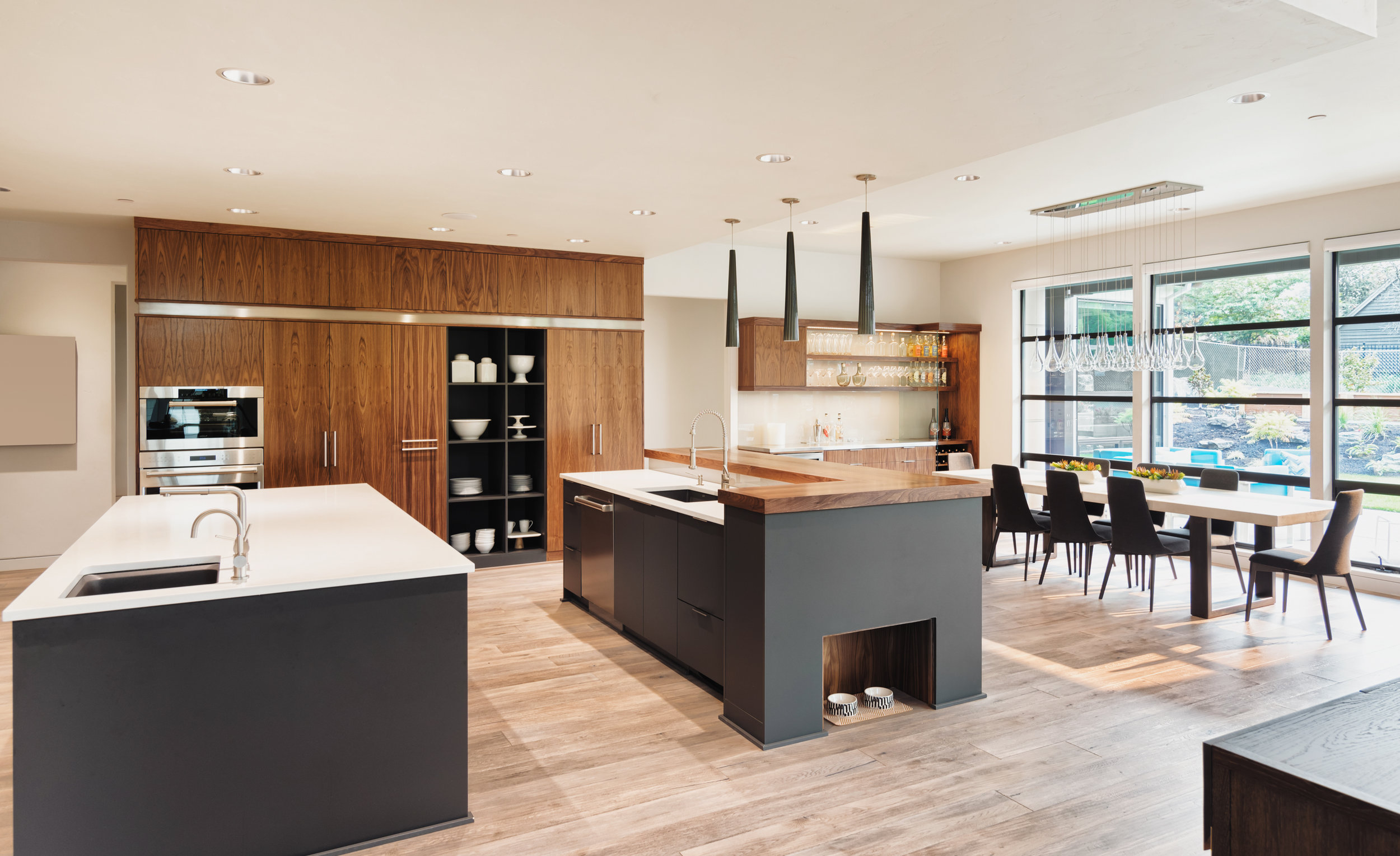 modern-luxury-kitchen.jpg