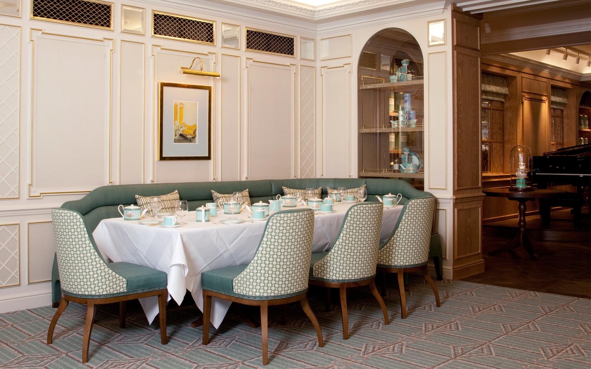 fortnummason-diamondjubilee-tearoom-panelling.jpg
