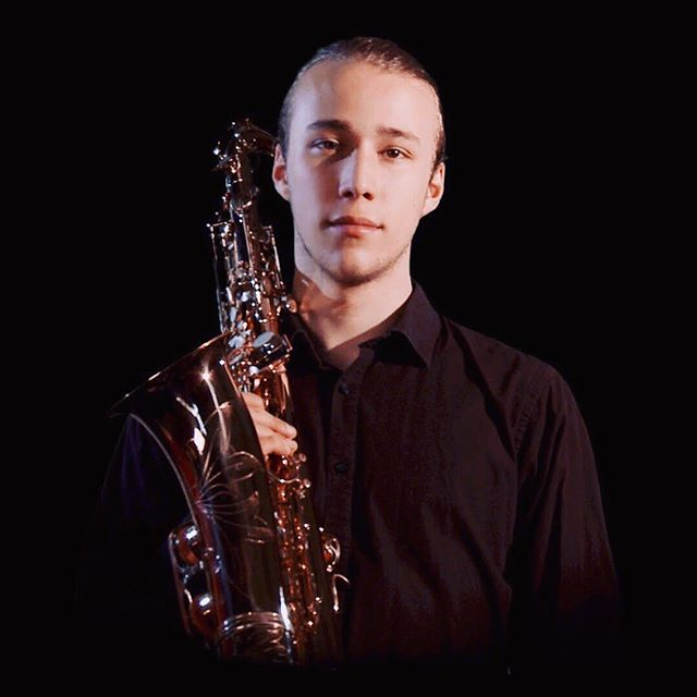 **Jazz Trail Event** WJF and @williamwalkerpub welcome Nick Willsher on Friday 20th Sept.  Nick Willsher is a saxophonist and composer from Southampton, currently studying at the Royal Academy of Music in London. He has recently finished writing the material for an album with his quintet Kokopelli who will be performing at venues around London towards the end of the year. At this Winchester Jazz Festival expect a varied set featuring original compositions and modern arrangements of jazz standards. 🎷 This event is FREE and un-ticketed - ENJOY!