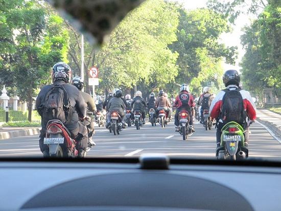1.1301128049.bikes-bikes-everywhere.jpg