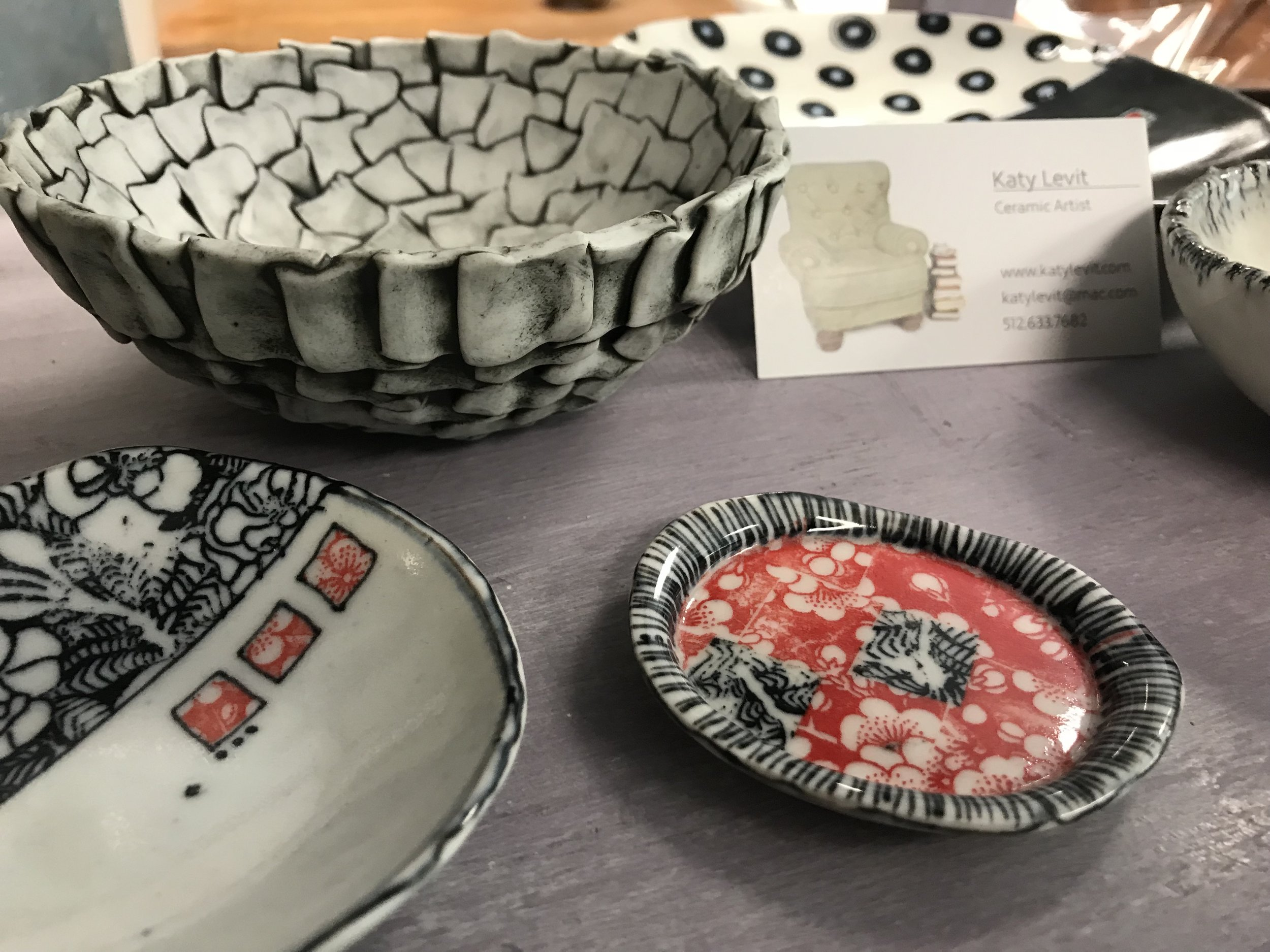 Katy Levit - Ceramic artist specializing in sculpture and dishware