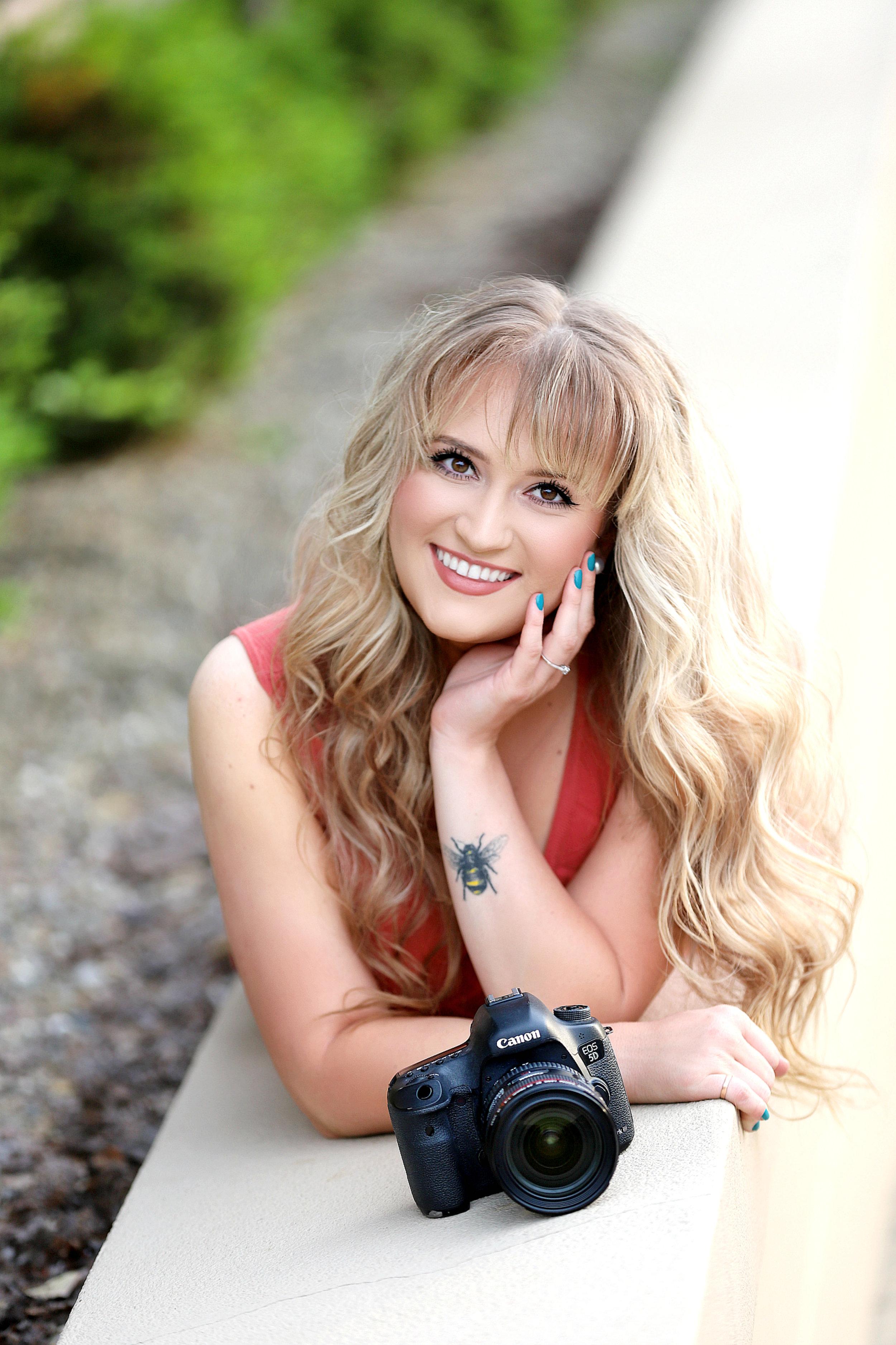 BrittanyBaileyPhotography-SummerHeadshot-1.jpg