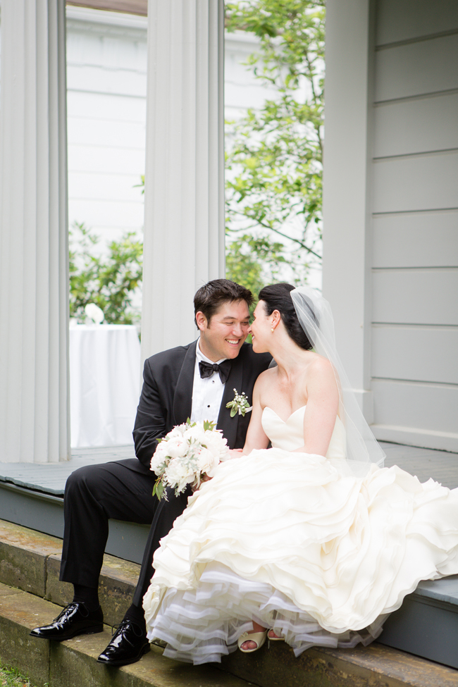 Fab-You-Bliss-Two-Maries-Robbins-Hunter-Museum-Wedding-17.jpg
