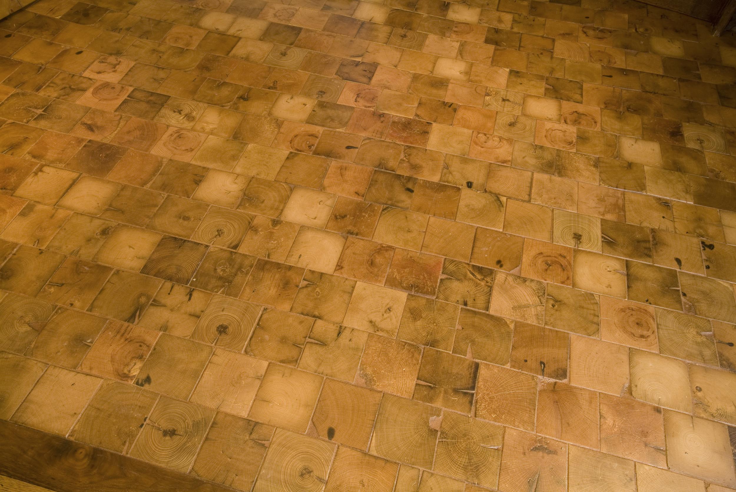 Reclaimed HW Flooring 6.jpg