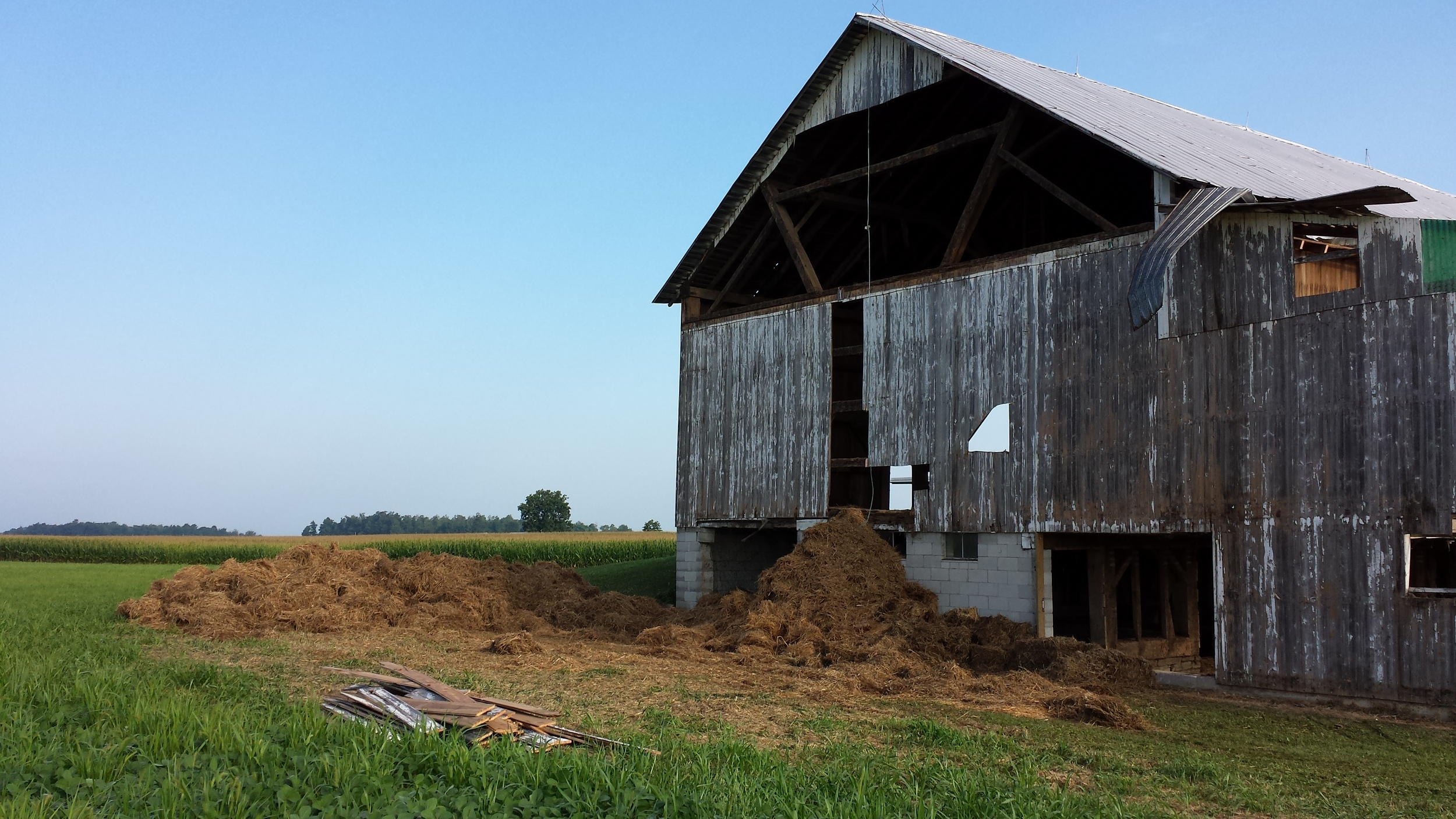 Barn Dismantling.jpg