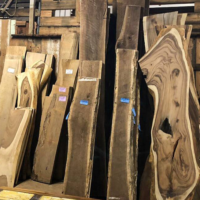 Dec 20 - Woodworkers and DIYers rejoice - slabs are now joining the discount disco!