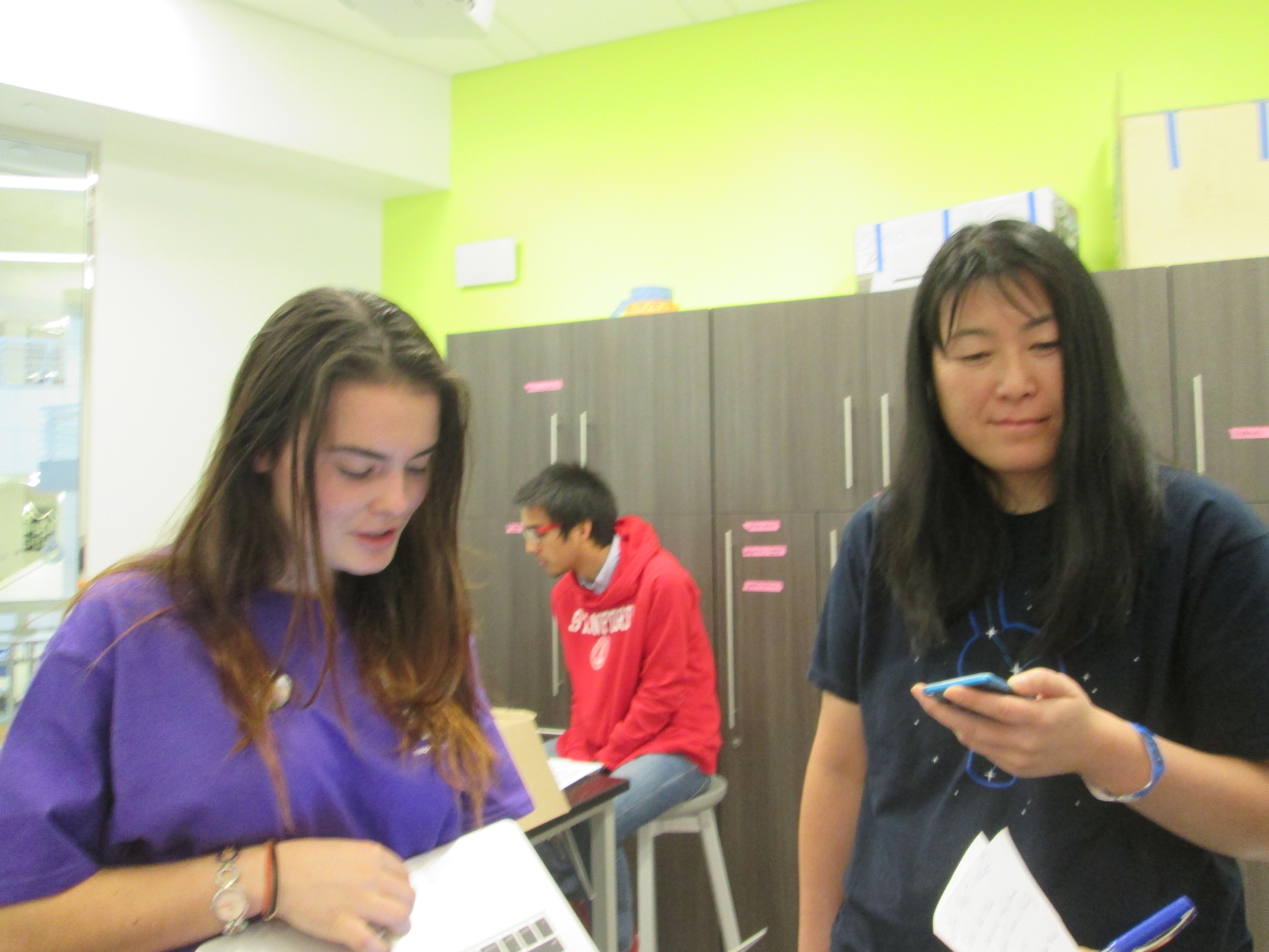 Mentors discussing best first-time and best female hacker awards: Camille Colbert, TTSF Pres-Elect, Lily Lew, Project_Chemistry Founder