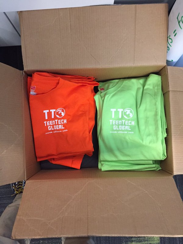 Finalists received TeenTechSF t-shirts!