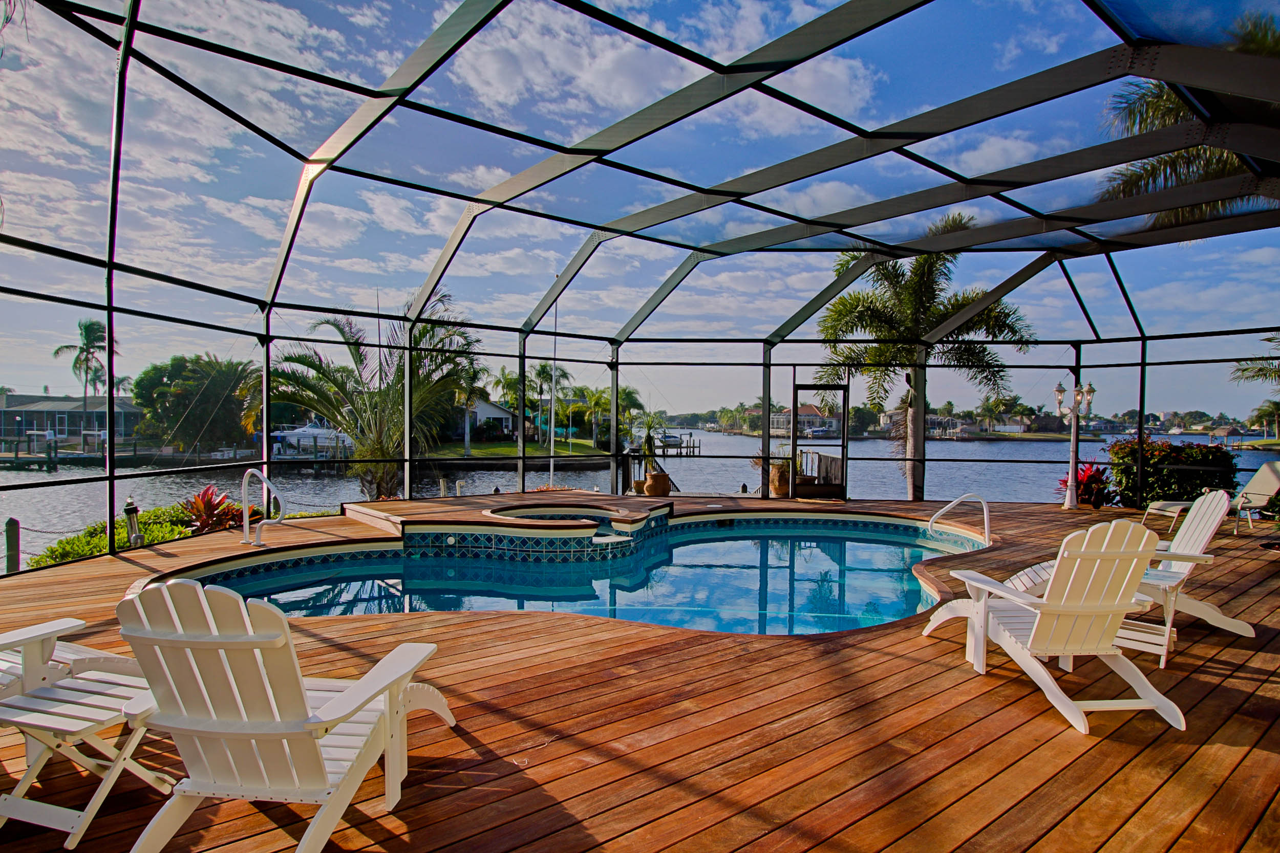 Laguna-Breeze-Pool-Views-Cape-Coral-Florida.jpg