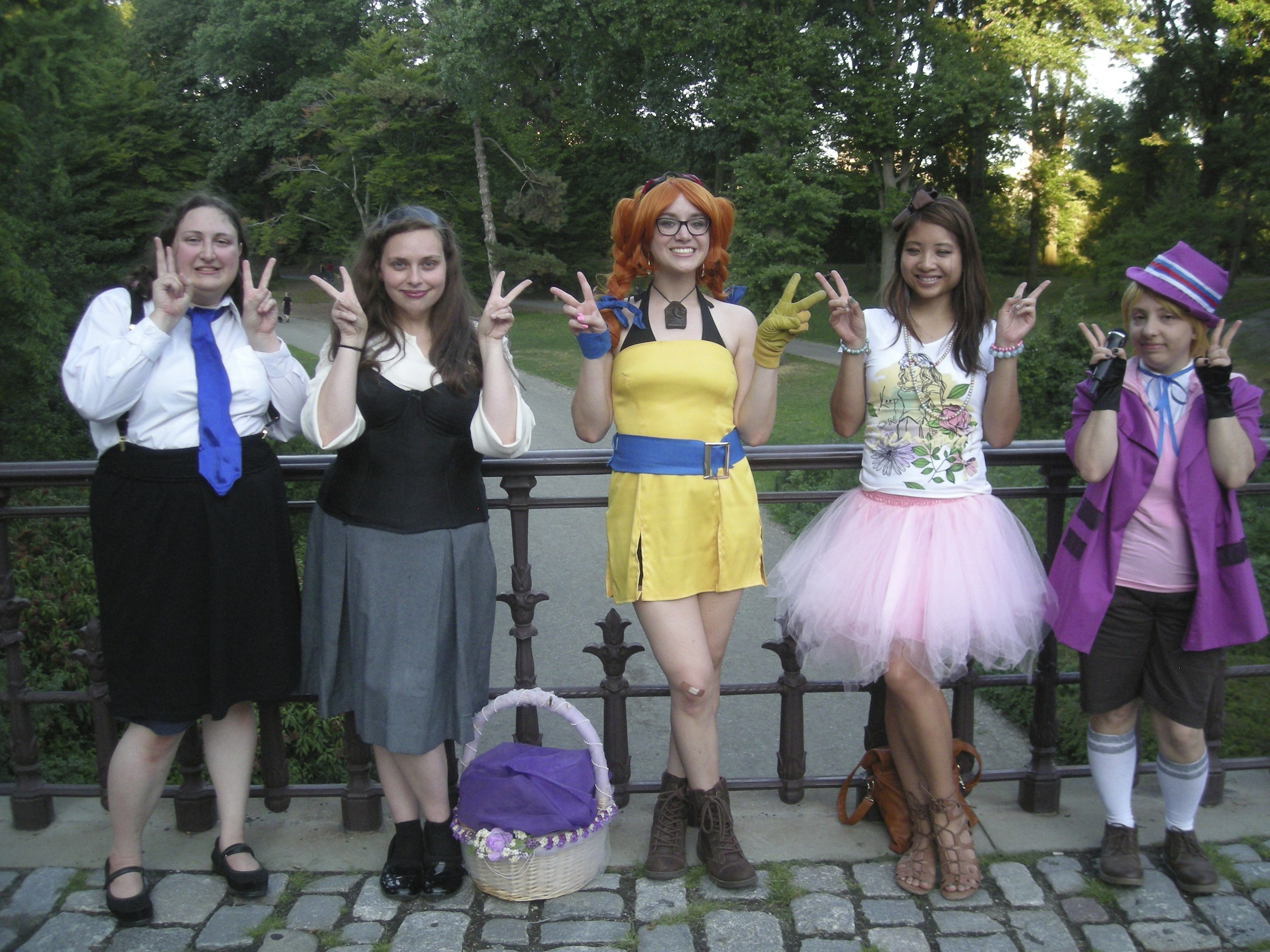 Liz as Aika from Skies of Arcadia, with friends in Central Park in August.