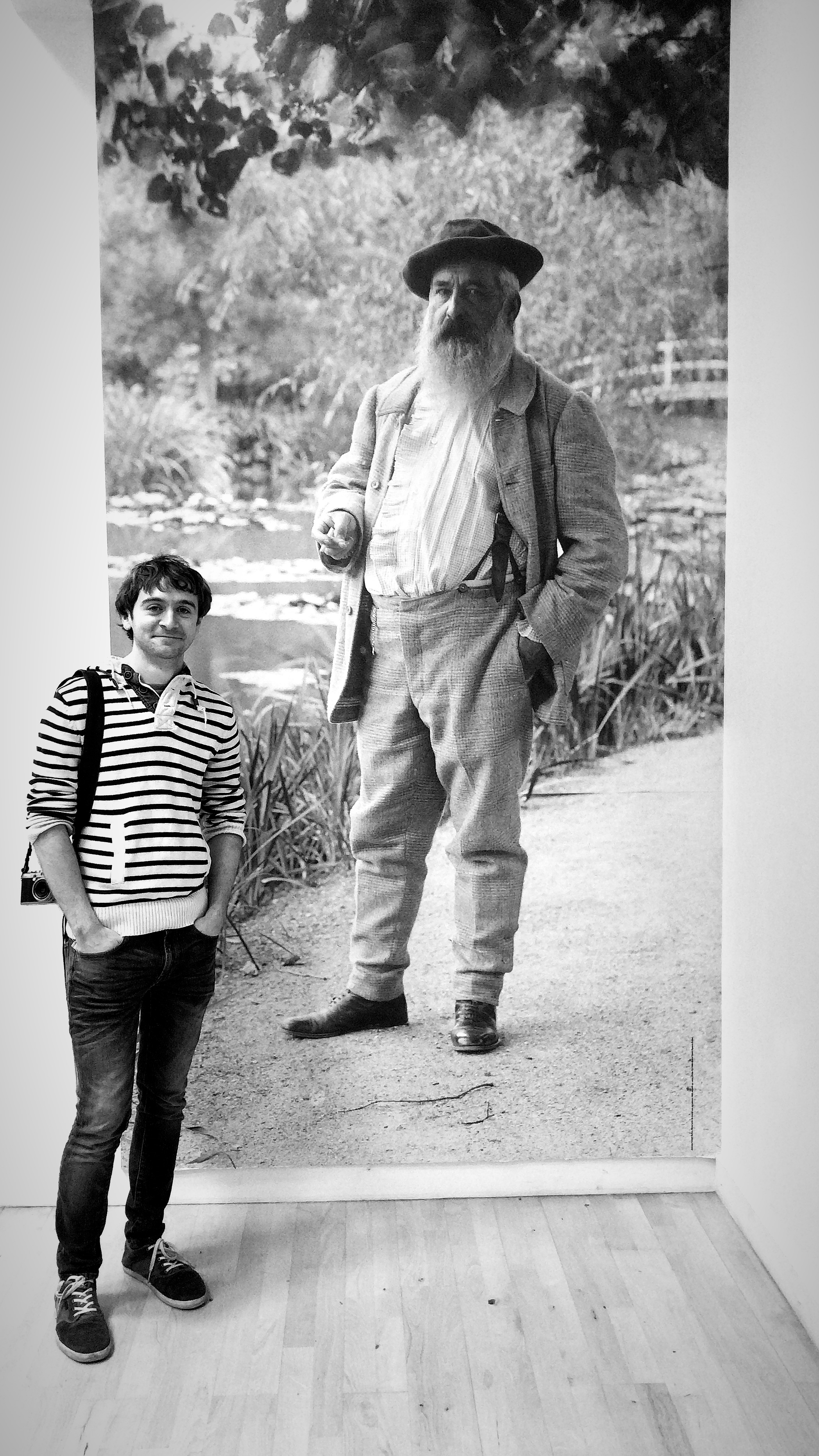 Tom and his buddy Claude at  Musée Marmottan Monet