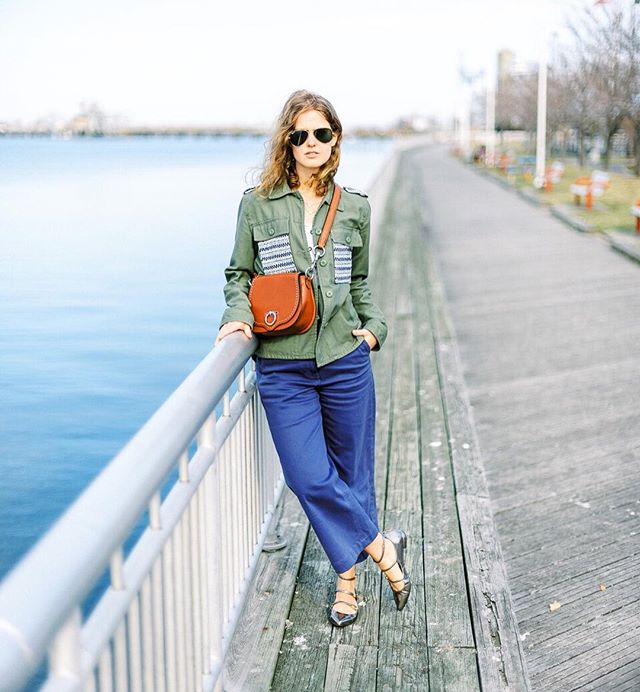 "My favorite winter-to-spring color combo of the moment 🤗 This was one of those times where Tom & I go down by the water to take a few photos on what we thought would be a ""warm"" day, only for it to be freezing! We forget we live in New York sometimes. 🙈🤷🏼‍♀️ It doesn't really get ""warm"" here till what, end of May? June? Swipe for my oh-so-cold BTS pose 😋 🥶 #ootd #myrtr #everlane"