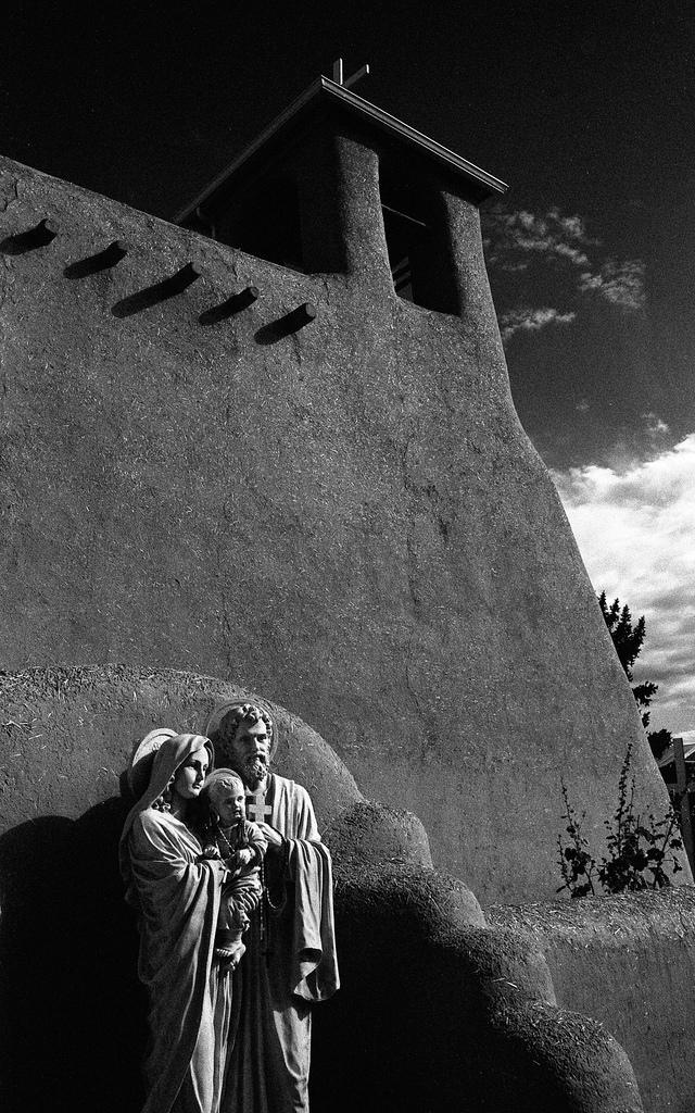 San Francisco de Assisi Mission Church. Taos, NM