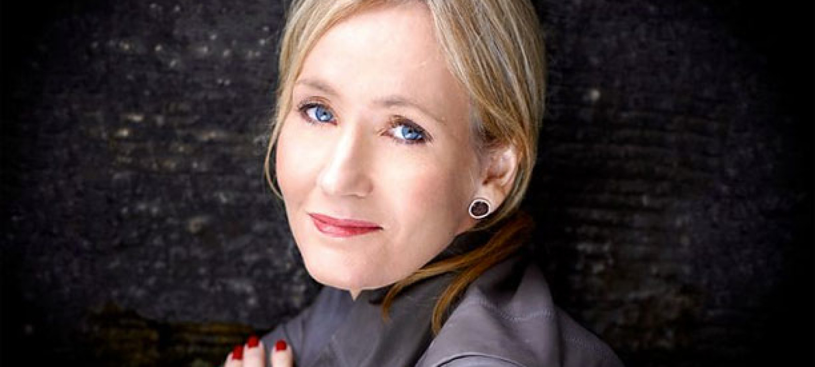 jk rowling with graham norton on radio 2.jpg