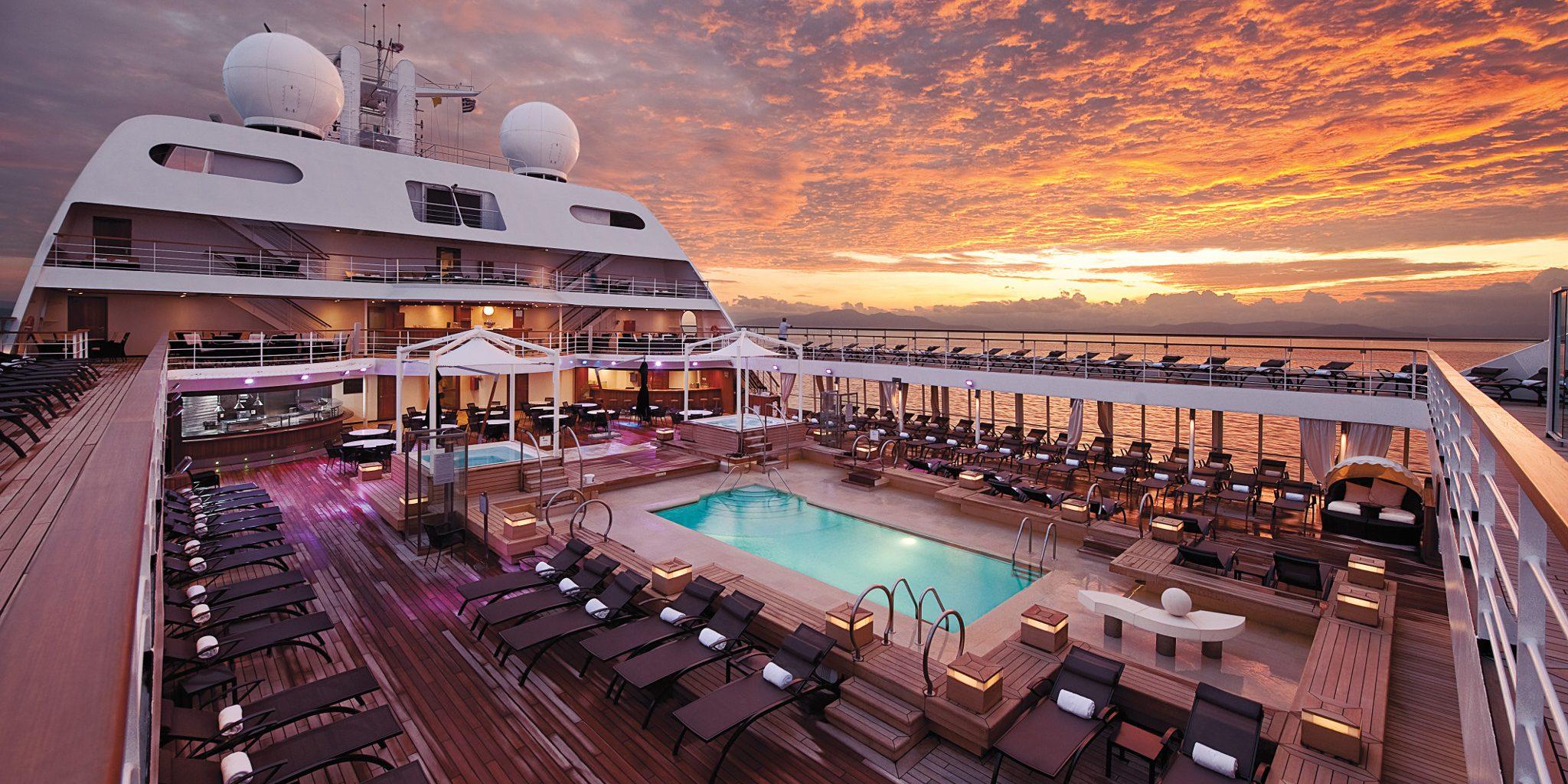 luxury cruise.jpg