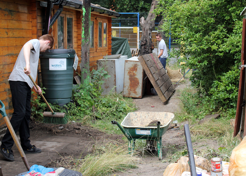 Triangle members clear space to build a new bike shed 2013