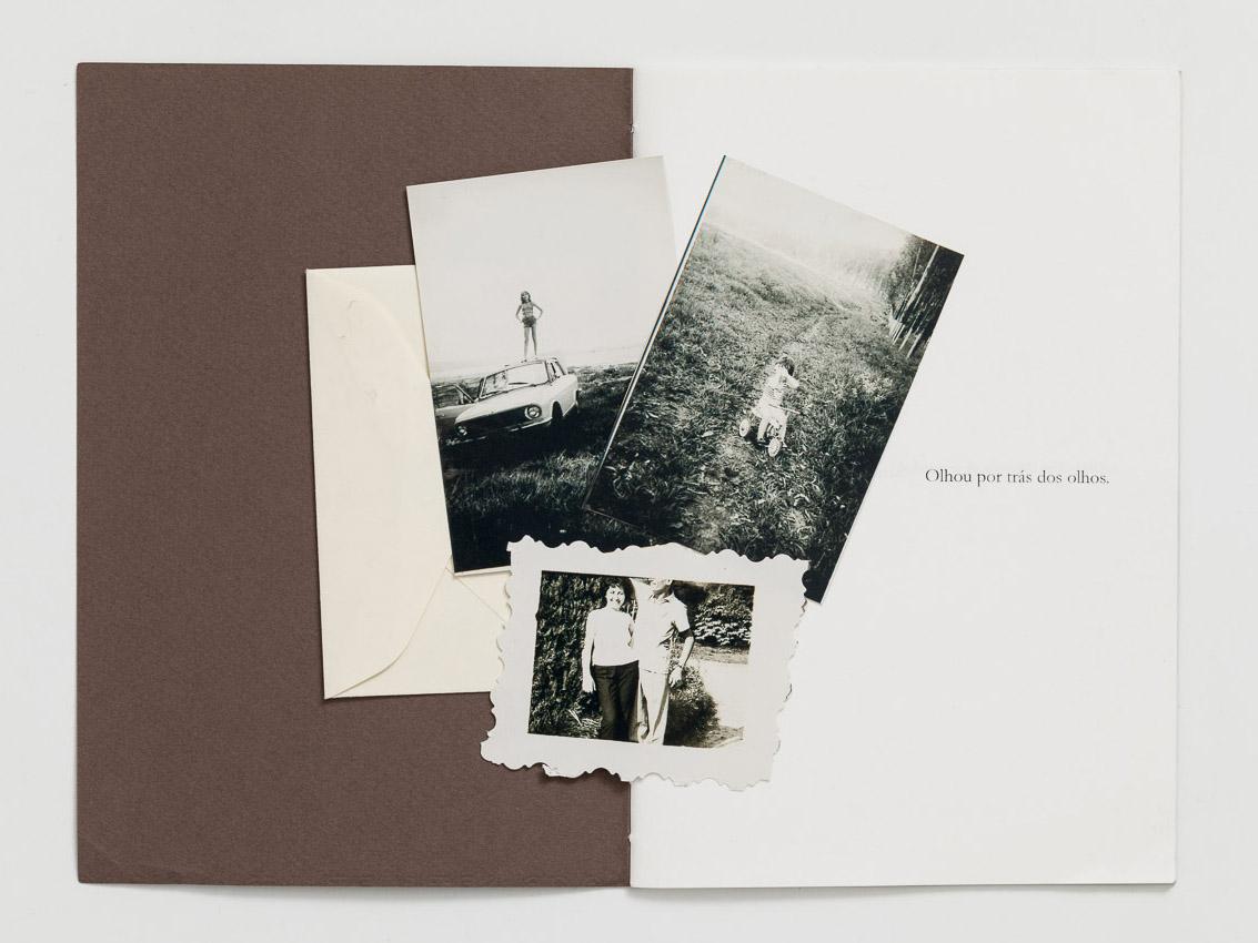Envelope com fotografias, proposta de encarte no caderno de texto.