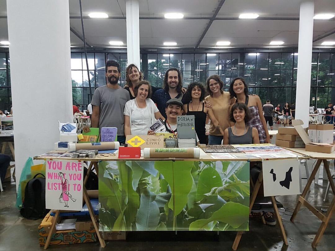 Artistas do Condô Livre na Plana
