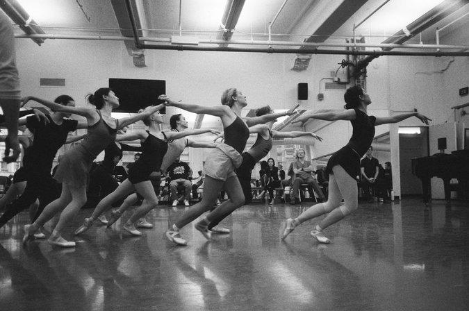 22WEEK-DANCE-master675.jpg