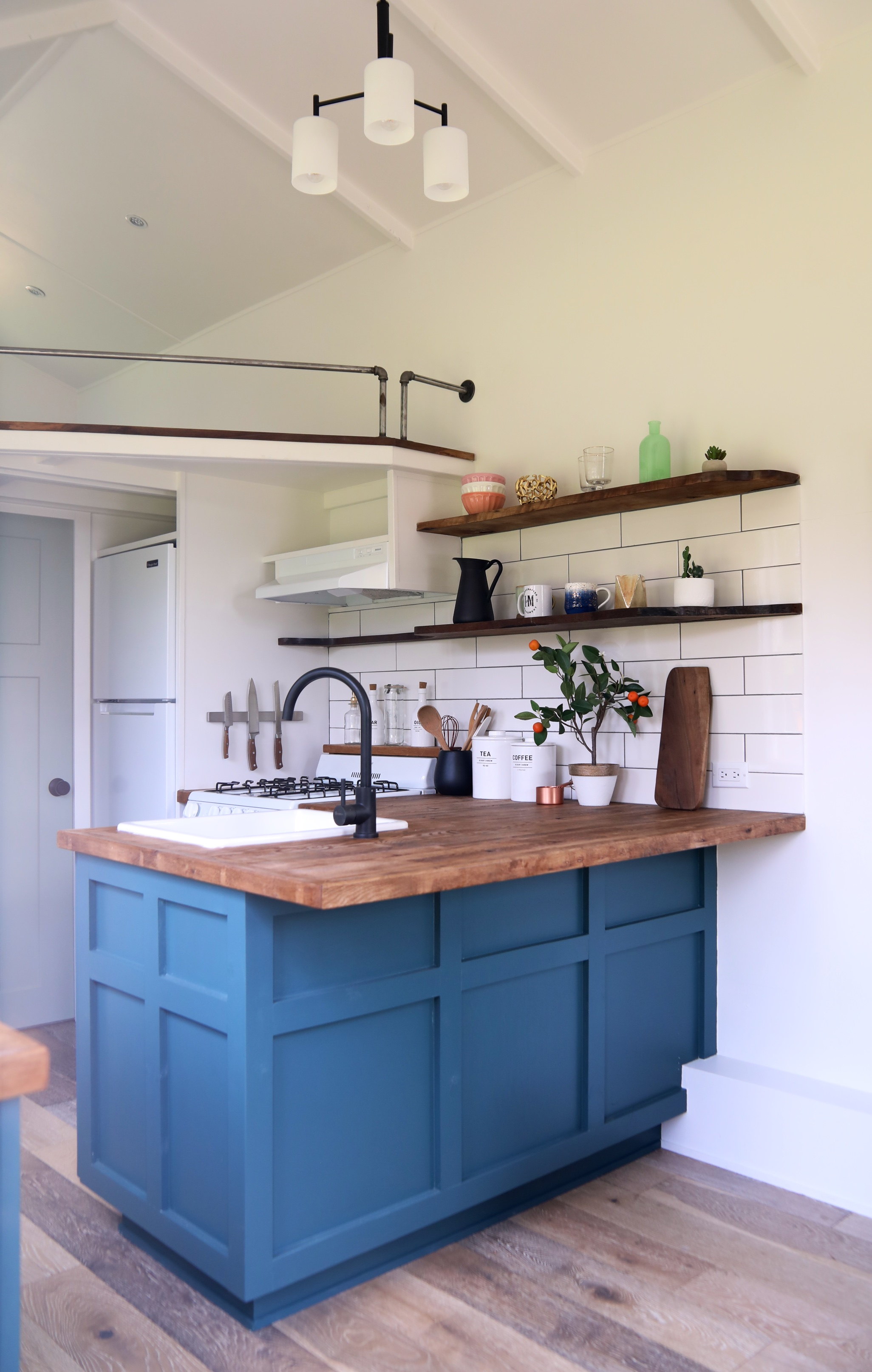 Seabrook Tiny Home by Handcrafted Movement