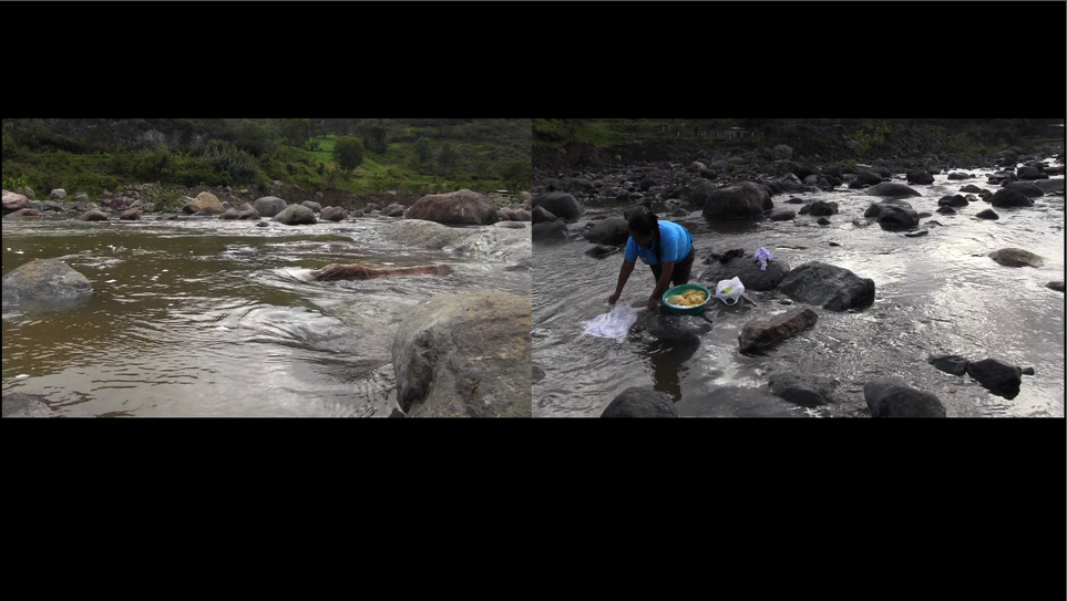 Lavando en el Rio Huancabamba/Washing in Huancabamba River