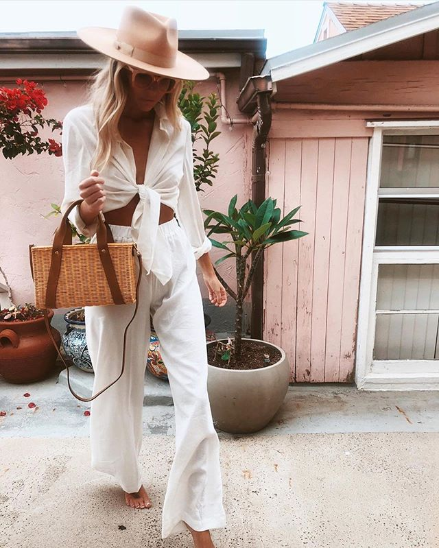 Oh how we love ourselves some @thesaltyblonde style 🔥 this pic from her collab with @nastygal @emrata if you're looking for outfit/style inspo! We just love the blonde & that hat. Bring on Spring. @lexibannister_hair #lexibannisterhair .. .. .. #canberrahairdresser #canberrahair #blondeaf #blondehighlights #longblondehair #beachwaveshair #hairwaves #softcurls #loosewaves #loosecurls #hairshine #darkblonde #goldenblonde #hairinspo #hairinspirations #blondehairstyles #babehair #localsalon