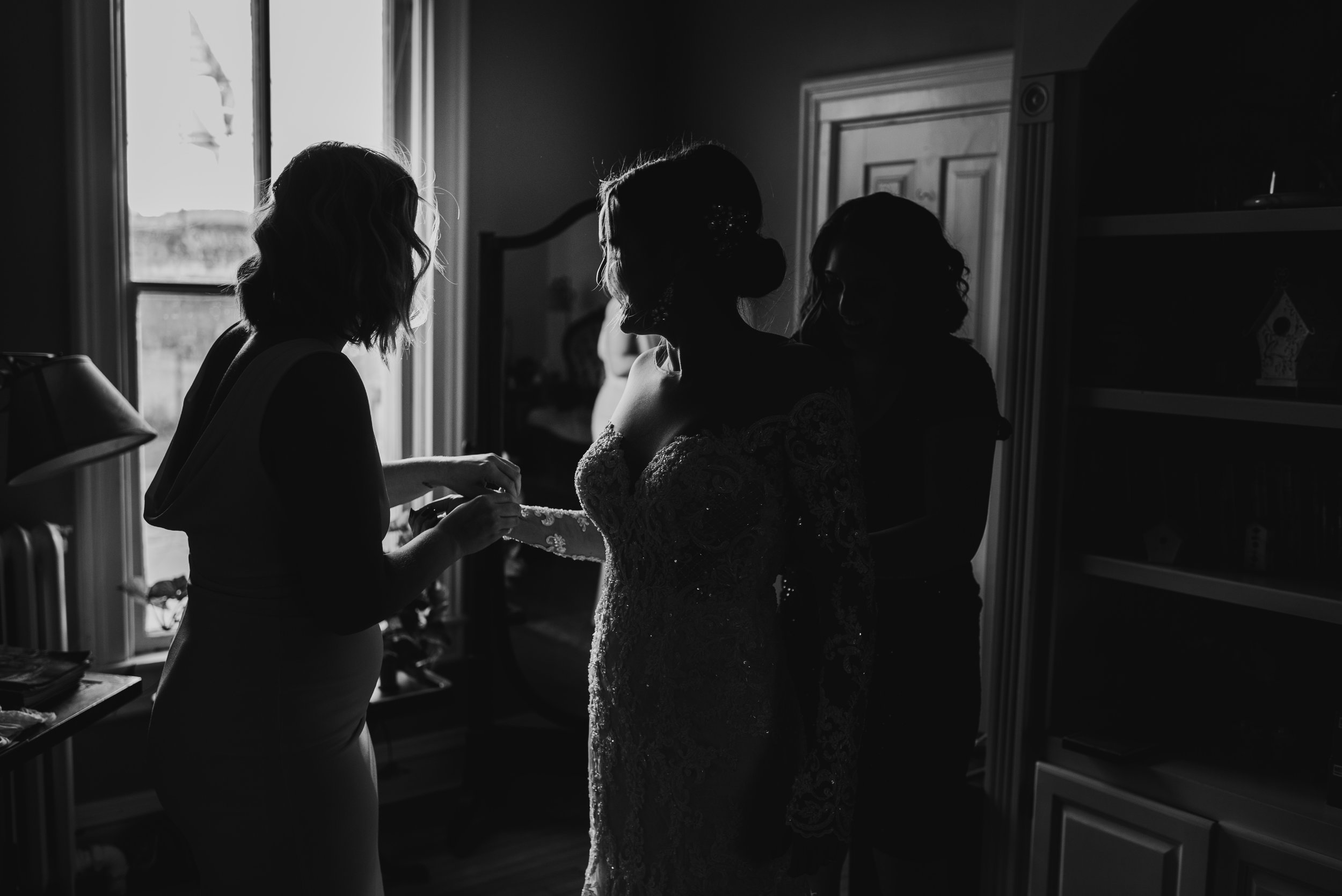 Steena-Anne-Photography-Ellen-Tevin-Excelsior-Elopement17.jpg