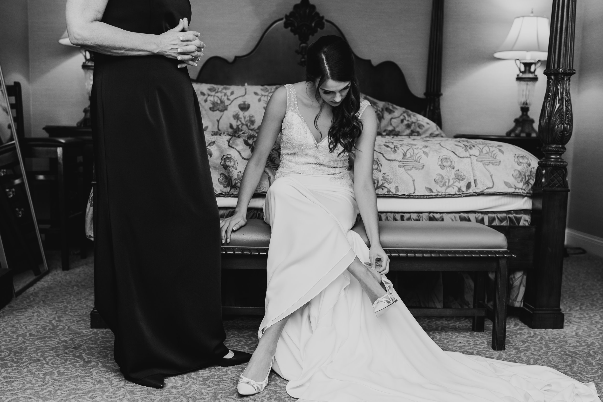 Steena-Anne-Photography-Frances-Ben-St-Paul-Library-Wedding-71.jpg