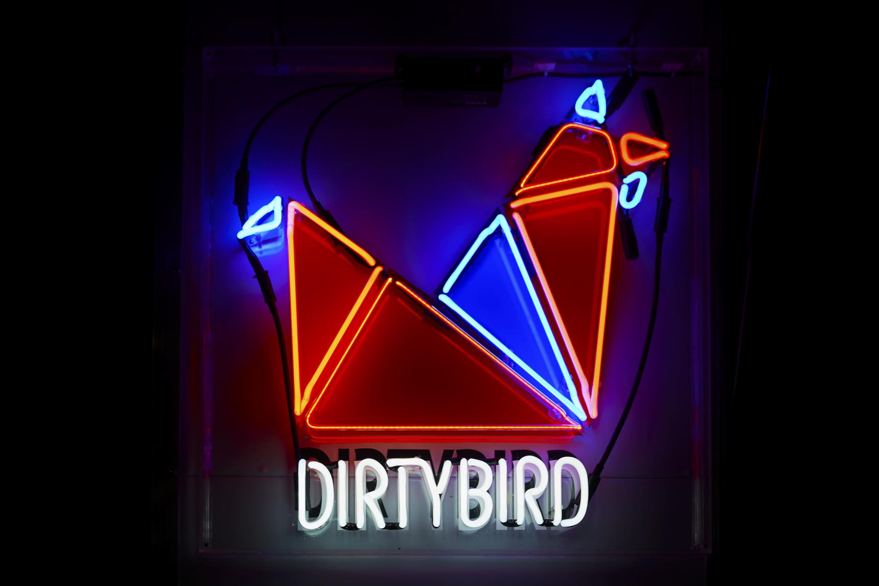 Dirty_Bird_1002.jpg