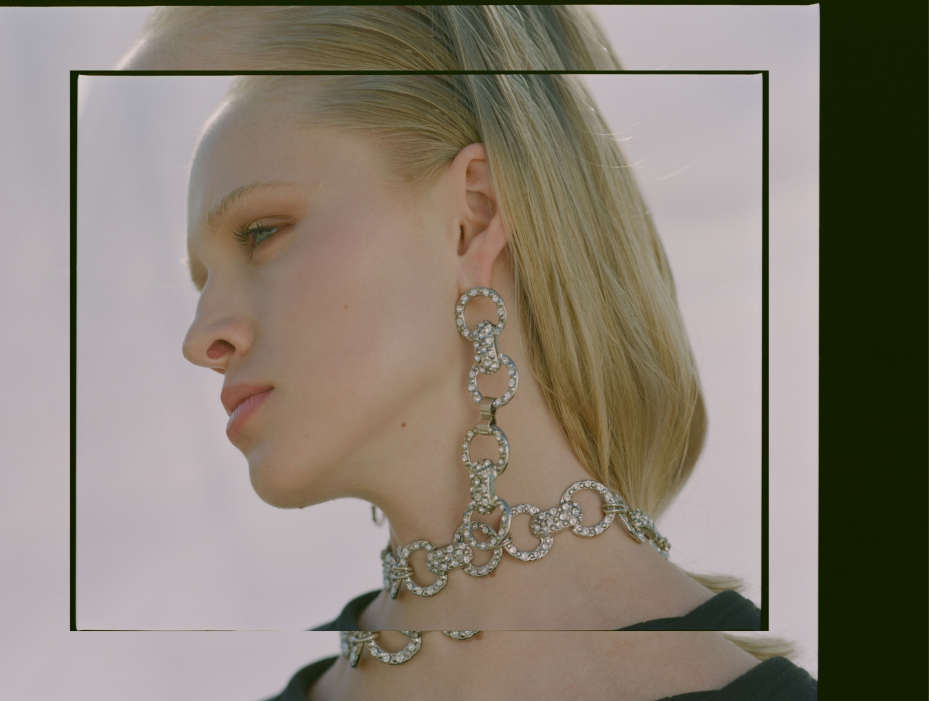 Balyck Earrings & Choker