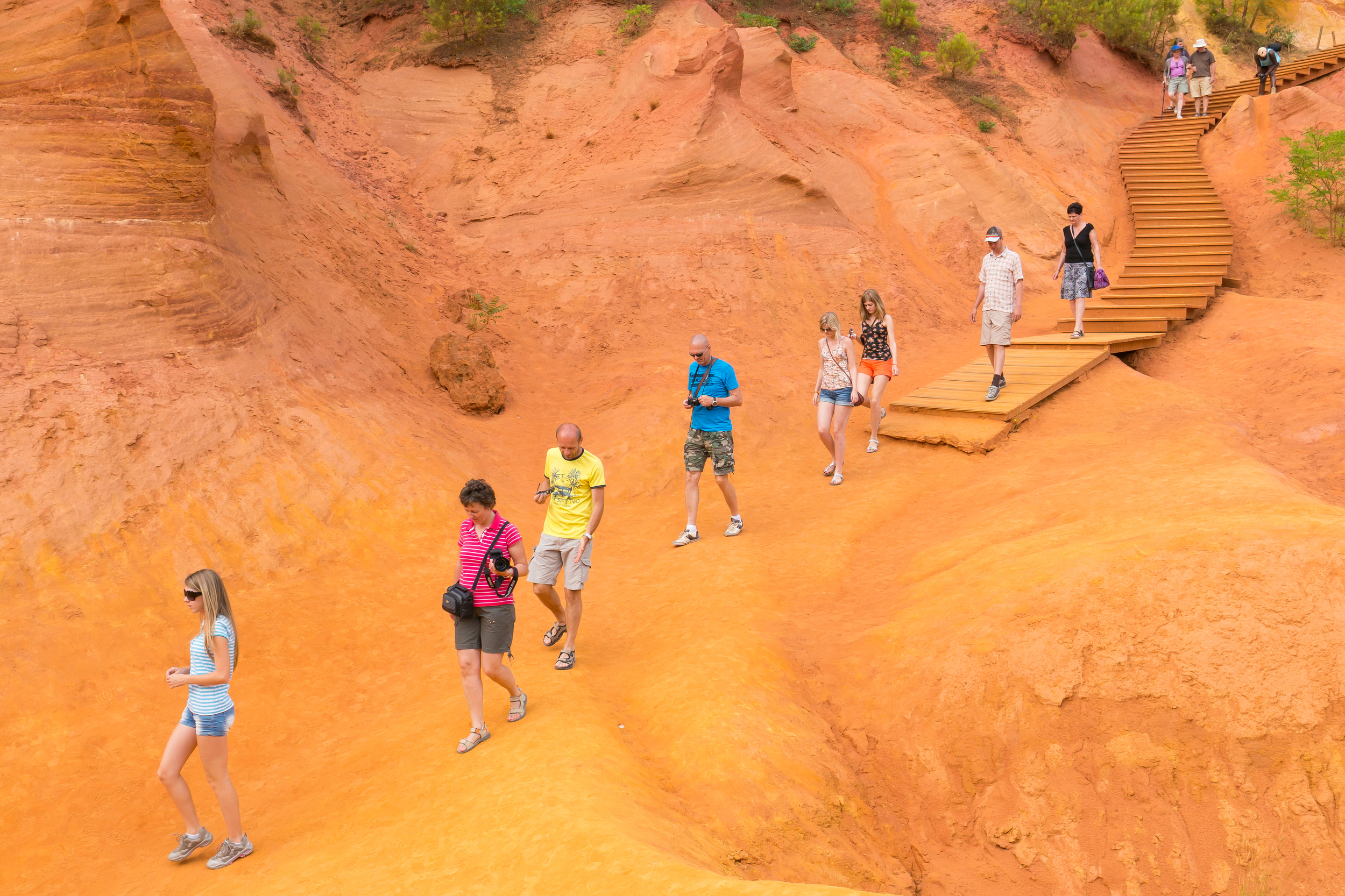 Everyone walks in Roussillon (2013)
