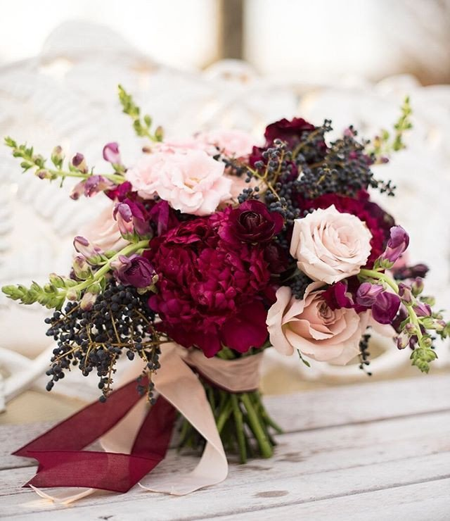 Winter bridal bouquet inspiration (Image from Charming Bridal)