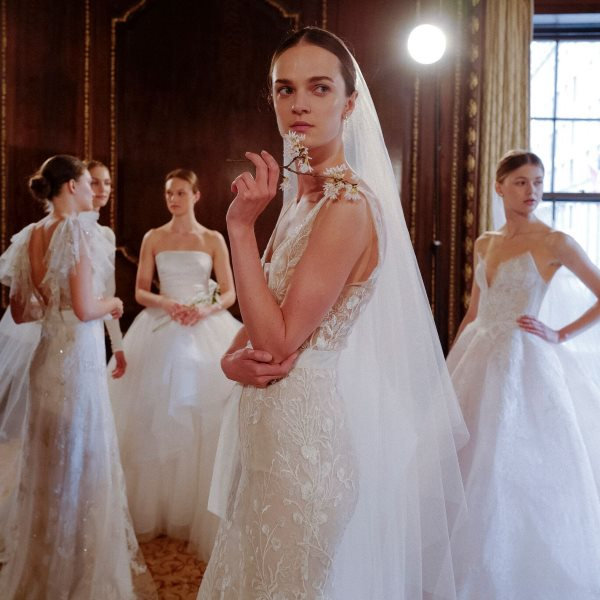 monique-lhuillier-bridal-spring-2019.jpg