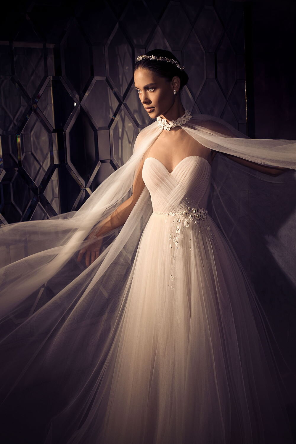 Sample bridal designer gowns at a fraction of their original cost. - www.luxebridalsamples.com.au