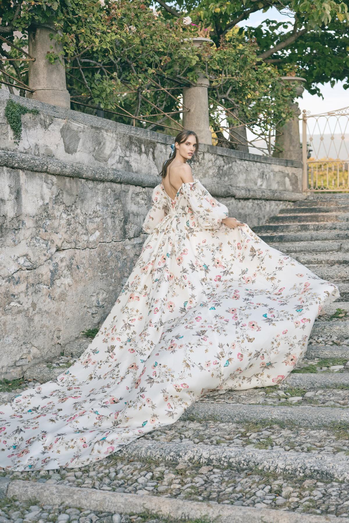 MoniqueLhuillier-Fall2020-Bridal-Look16-Tuileries-ktmerry.jpg