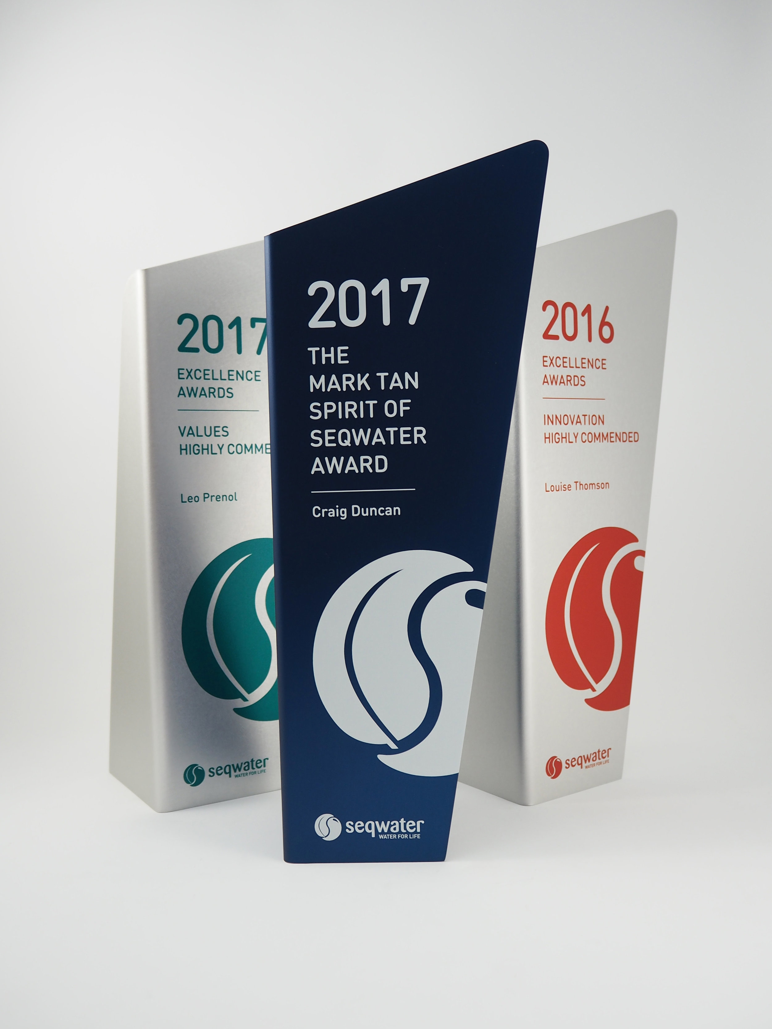 south-east-queensland-water-aluminium-timber-eco-awards-throphy-02.jpg