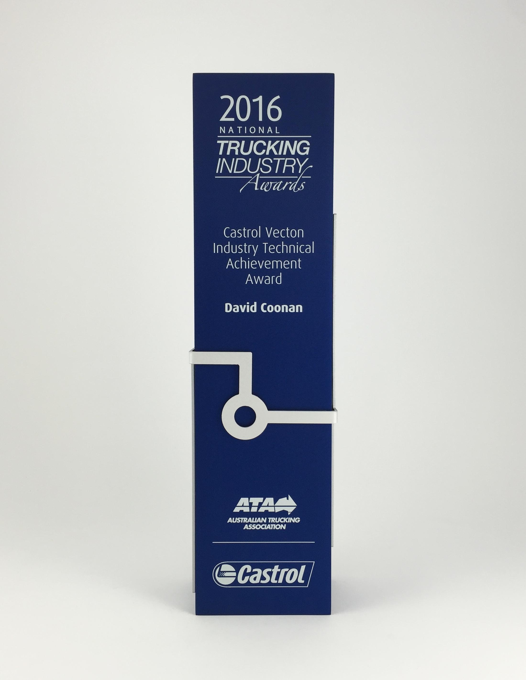 trucking-awards-aluminium-trophy-01.jpg