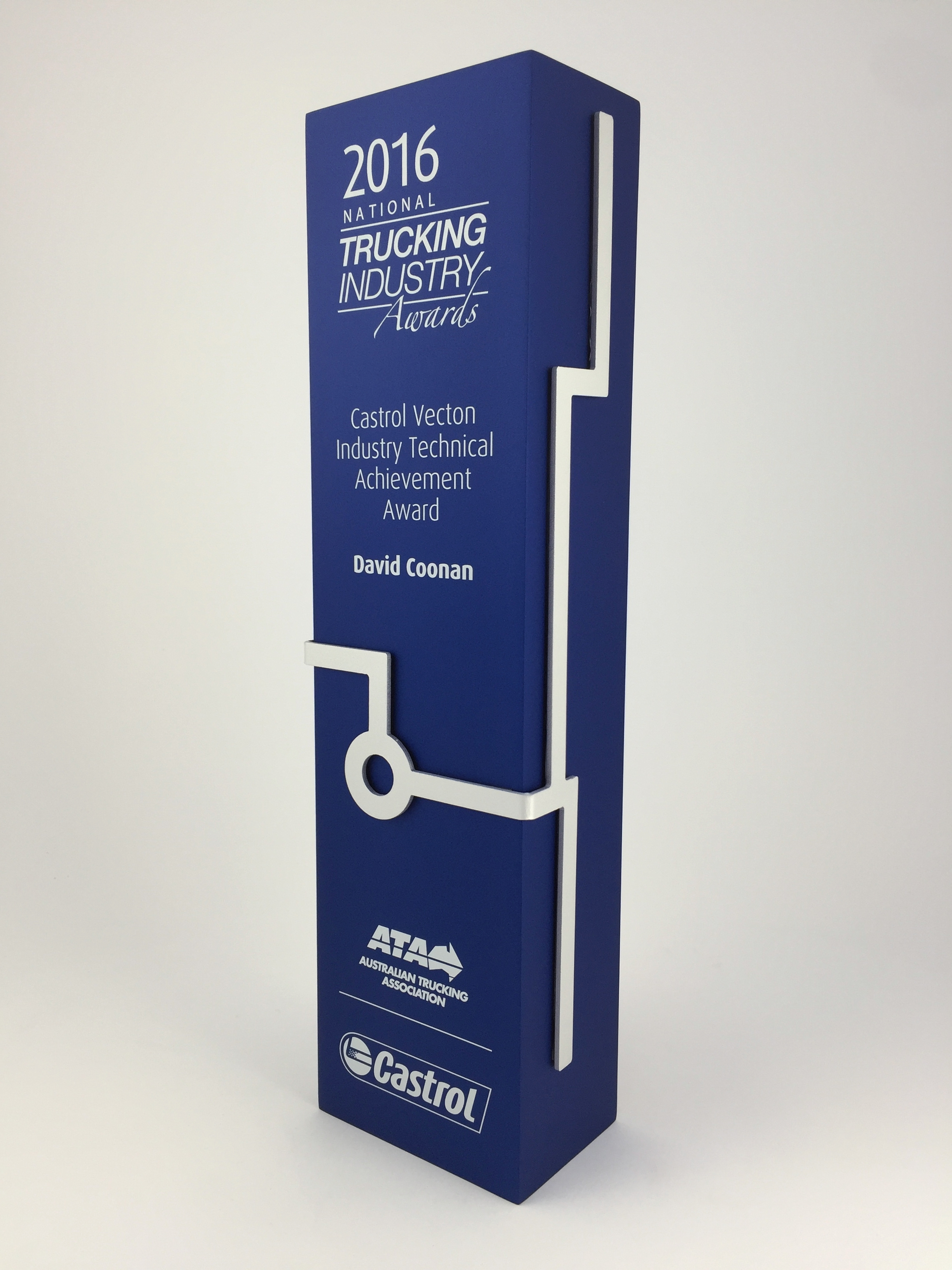 trucking-awards-aluminium-trophy-04.jpg