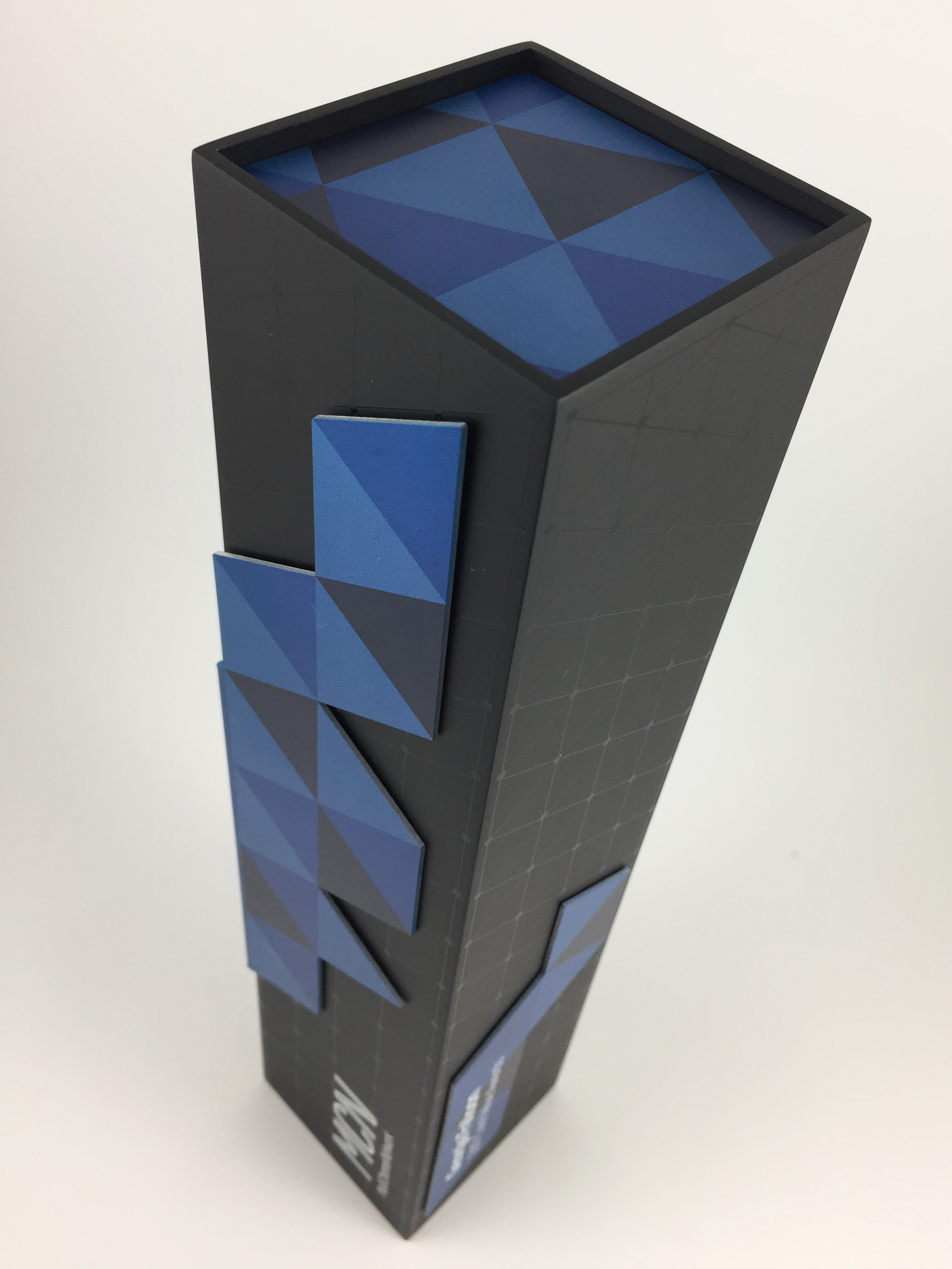 MCN-eco-aluminium-trophy-award-05.jpg