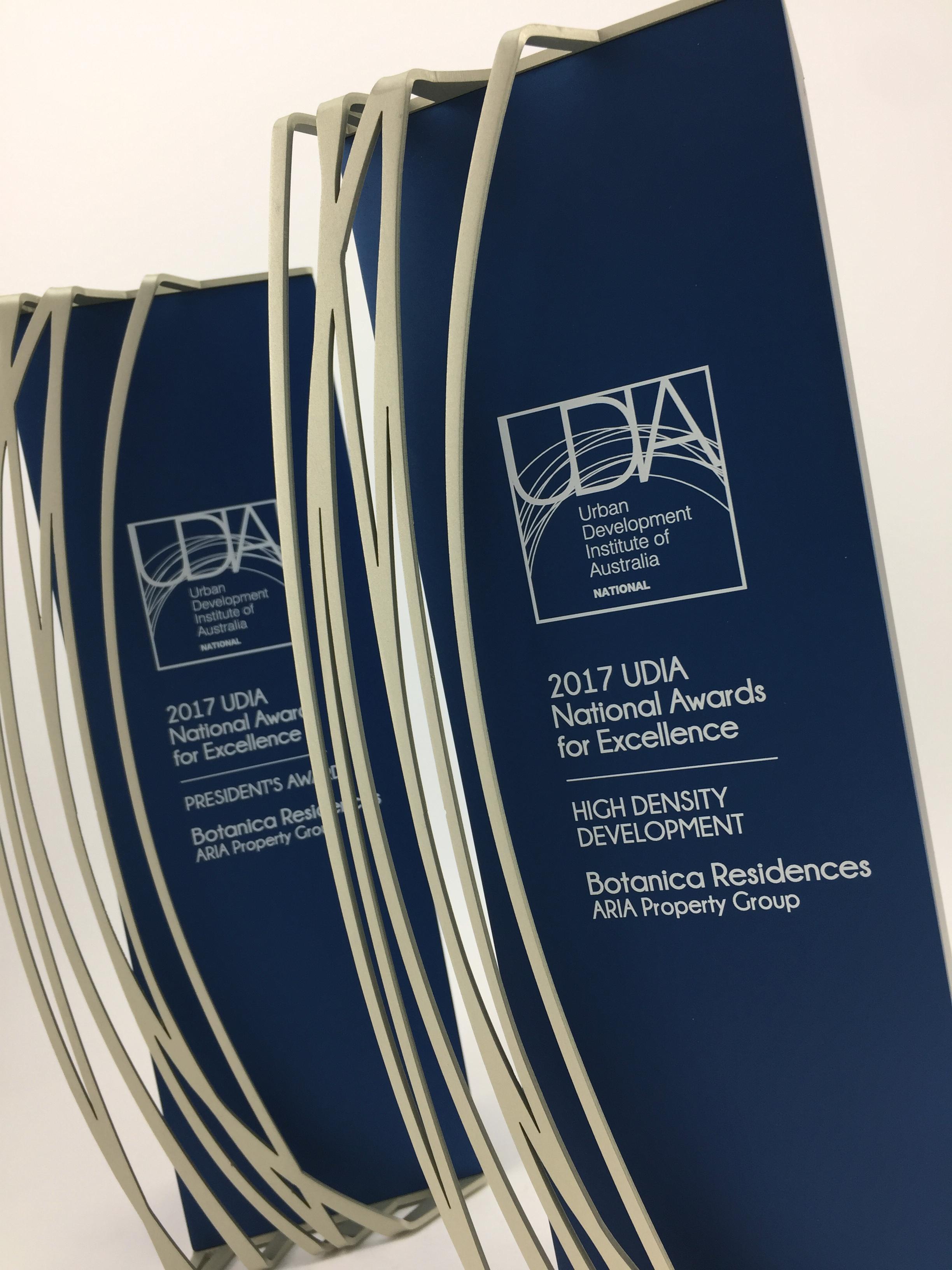 udia-national-awards-aluminium-trophy-03.jpg