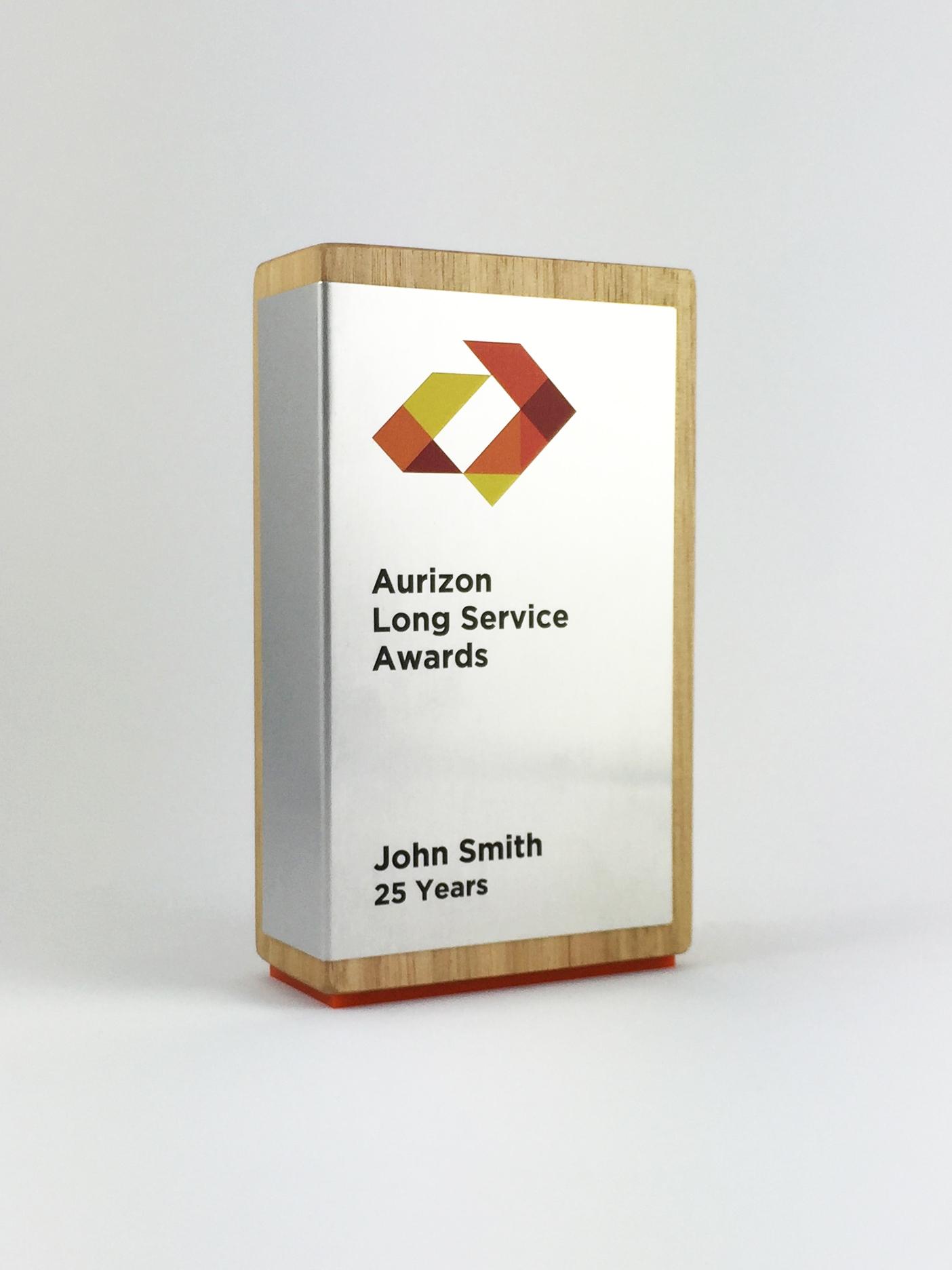 aurizon-recognition-awards-timber-cube-metal-trophy-03.jpg