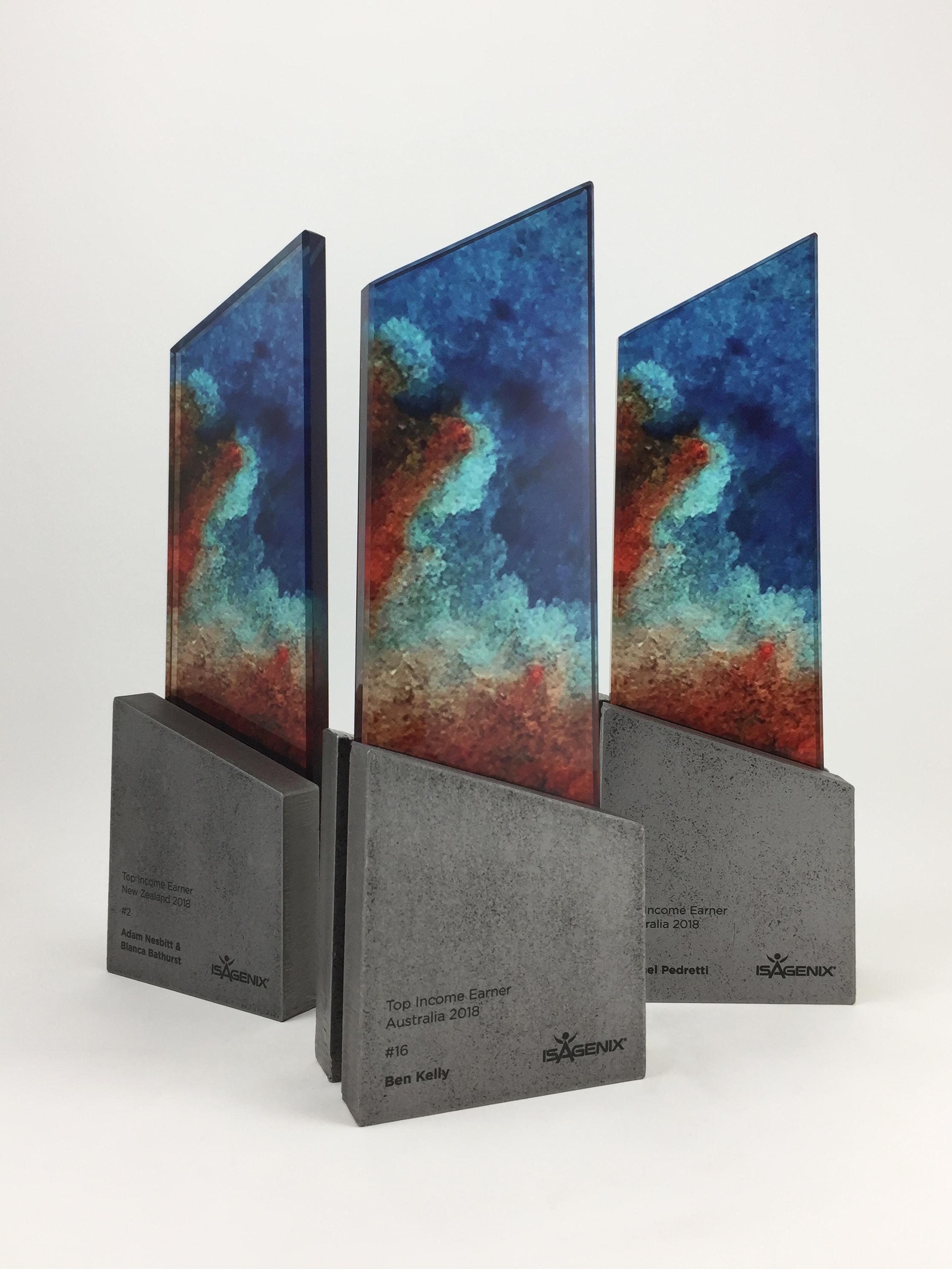 isagenix-income-earner-metal-glass-art-trophy-awards-sculpture-03.jpg