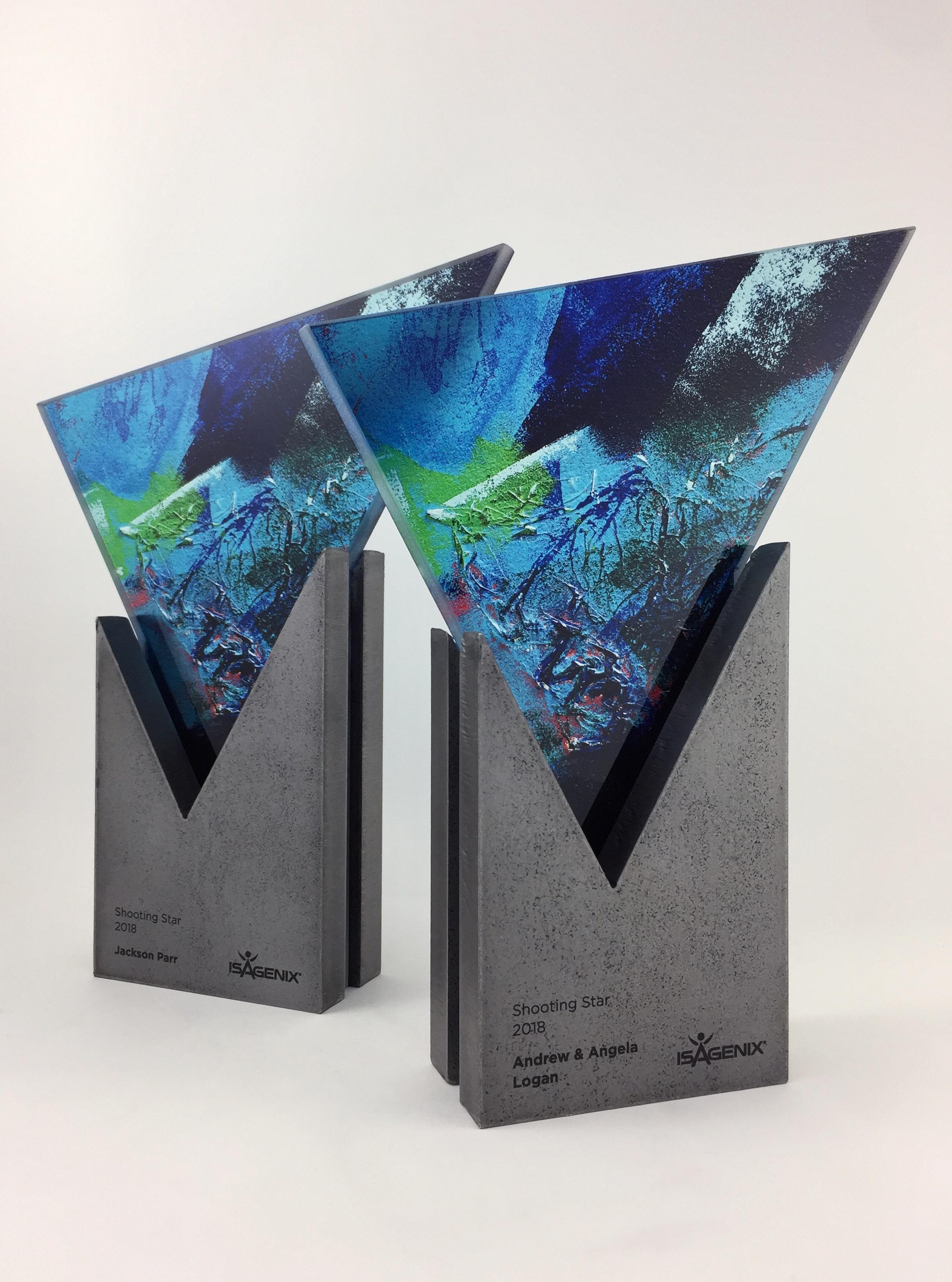 isagenix-shooting-star-metal-glass-art-trophy-awards-sculpture-02.jpg