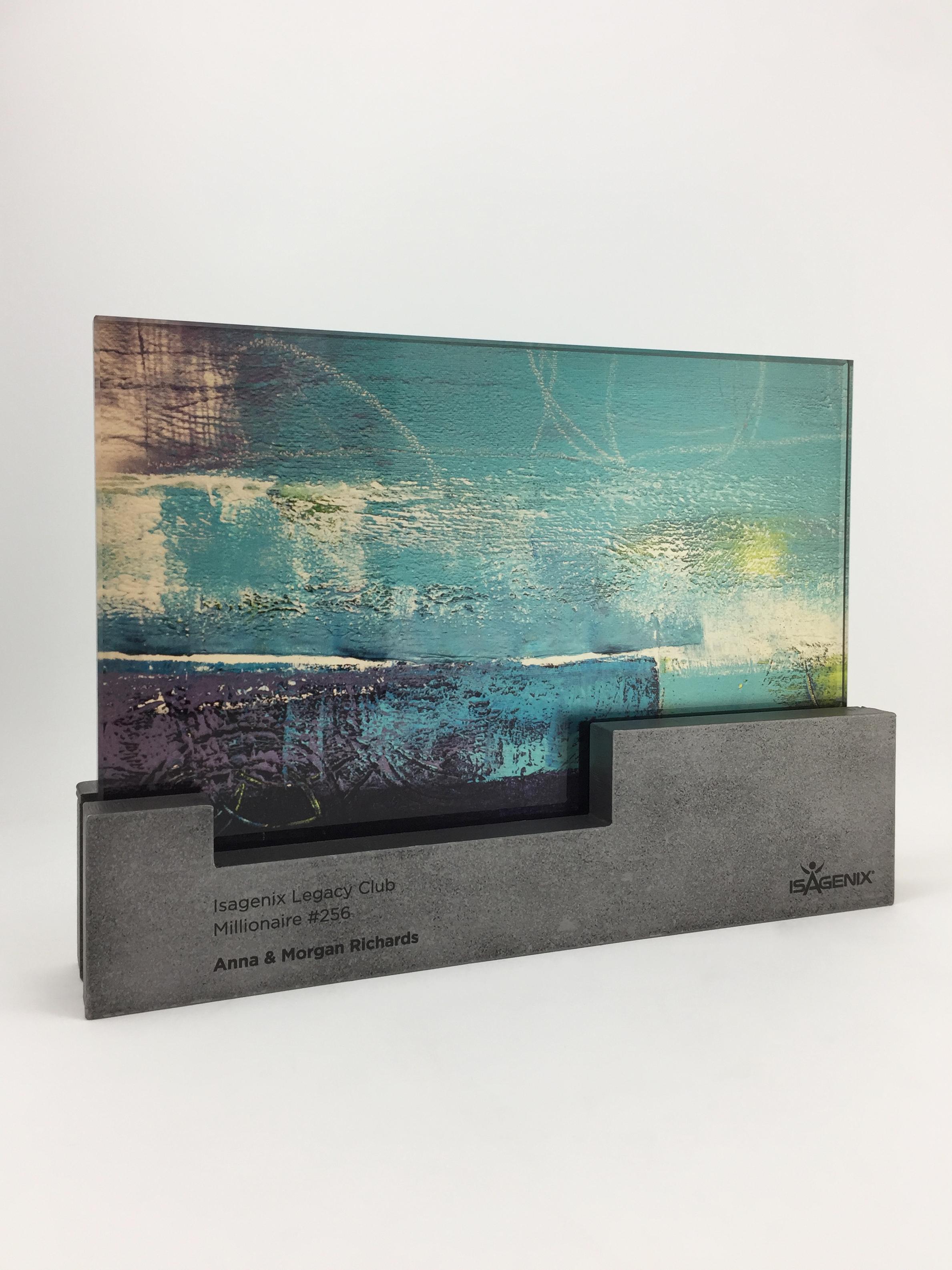 isagenix-millionaires-metal-glass-art-trophy-awards-sculpture-01.jpg
