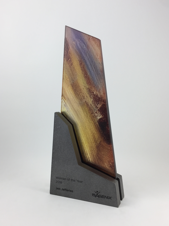 isagenix-woman-of-year-metal-glass-art-trophy-awards-sculpture-01.jpg