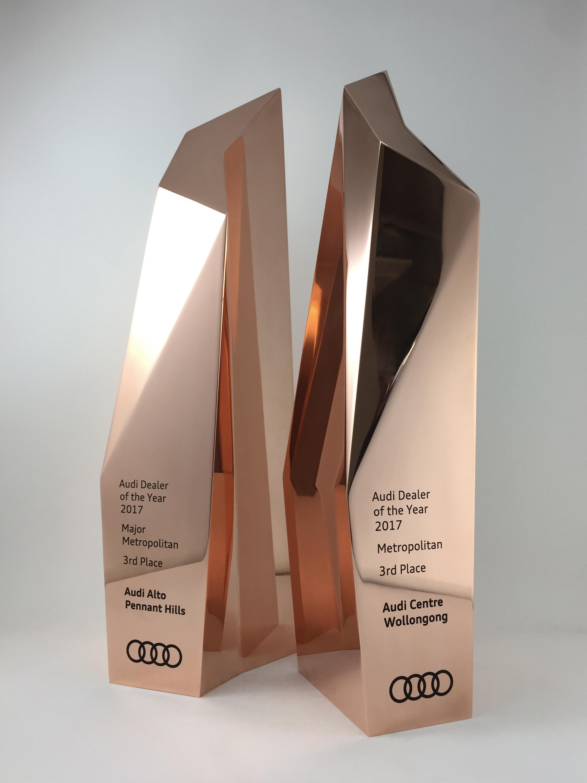 audi-metal-art-sculpture-award-trophy-02.jpg